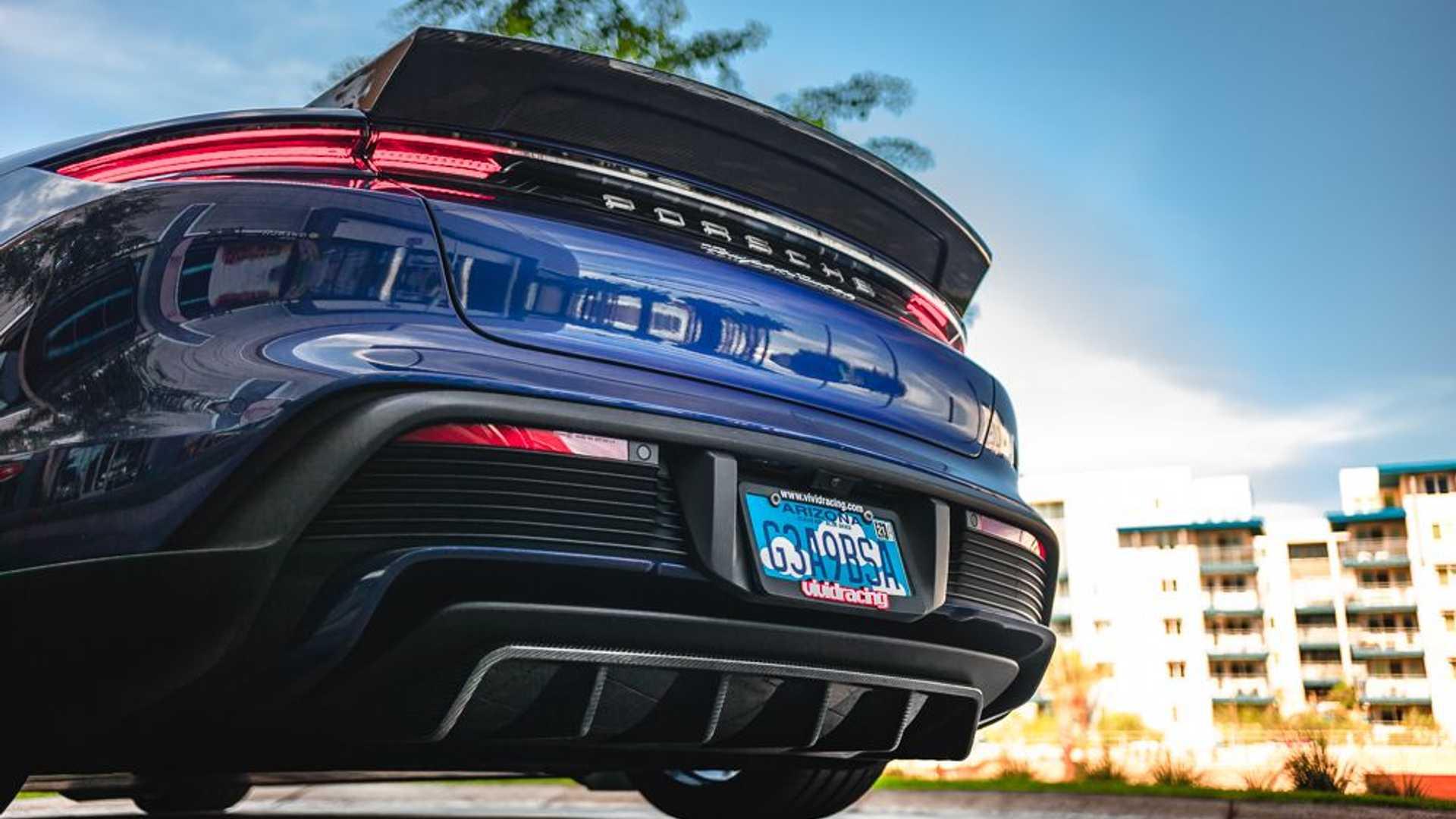 Porsche-Taycan-by-Vivid-Racing-45