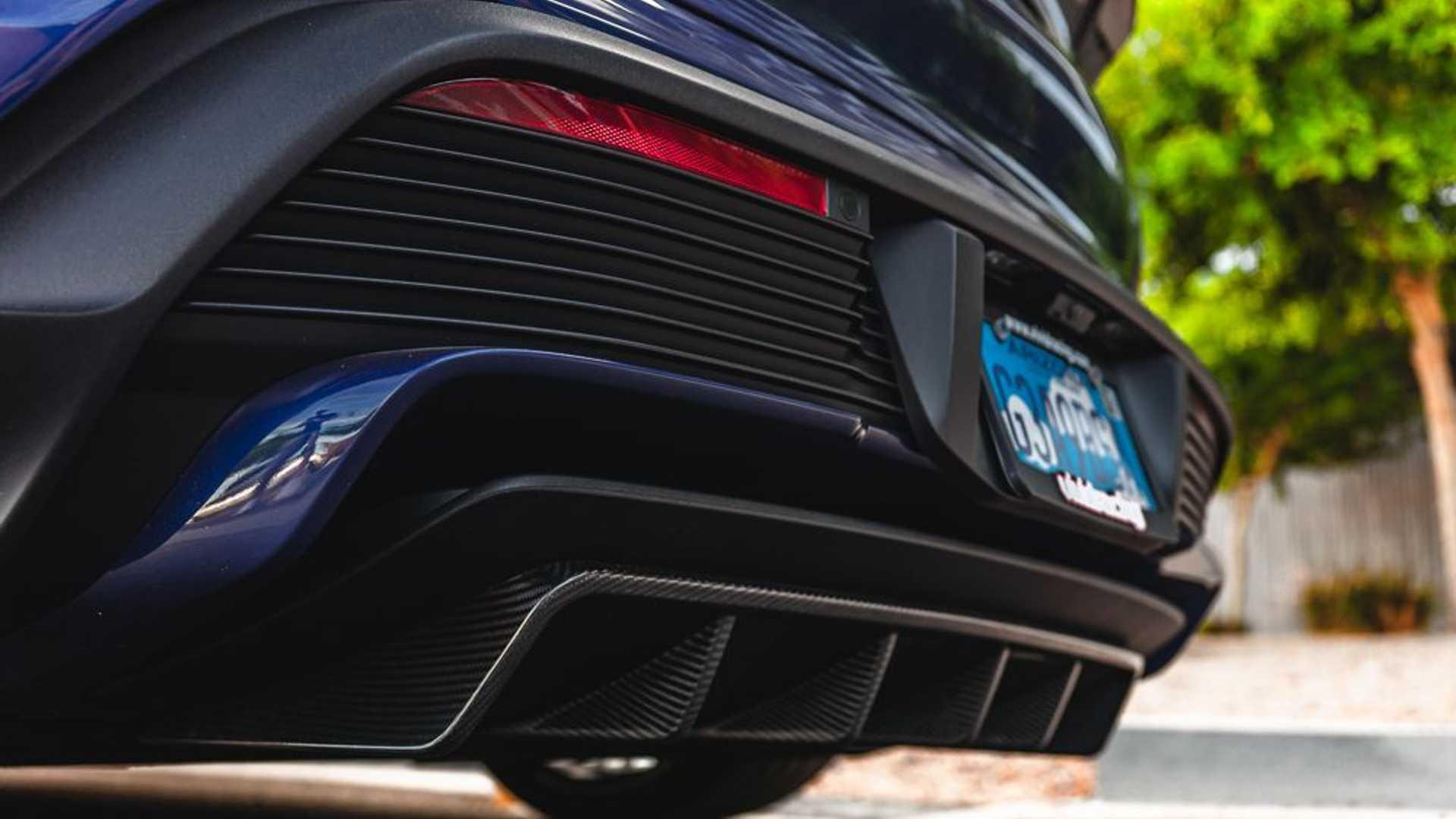 Porsche-Taycan-by-Vivid-Racing-46