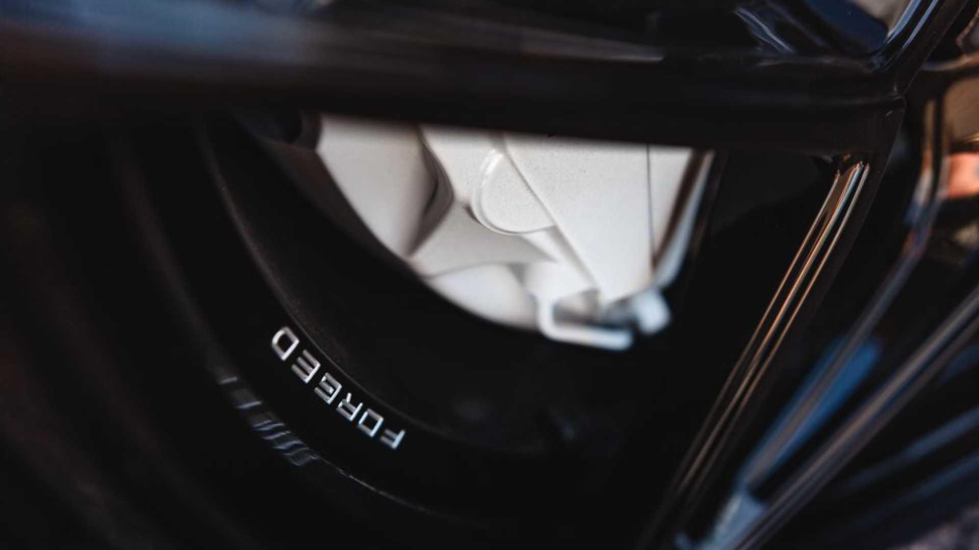 Porsche-Taycan-by-Vivid-Racing-51