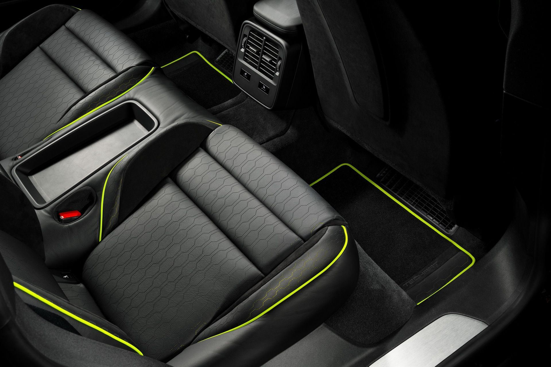 Porsche_Taycan_Interior_TechArt-0009