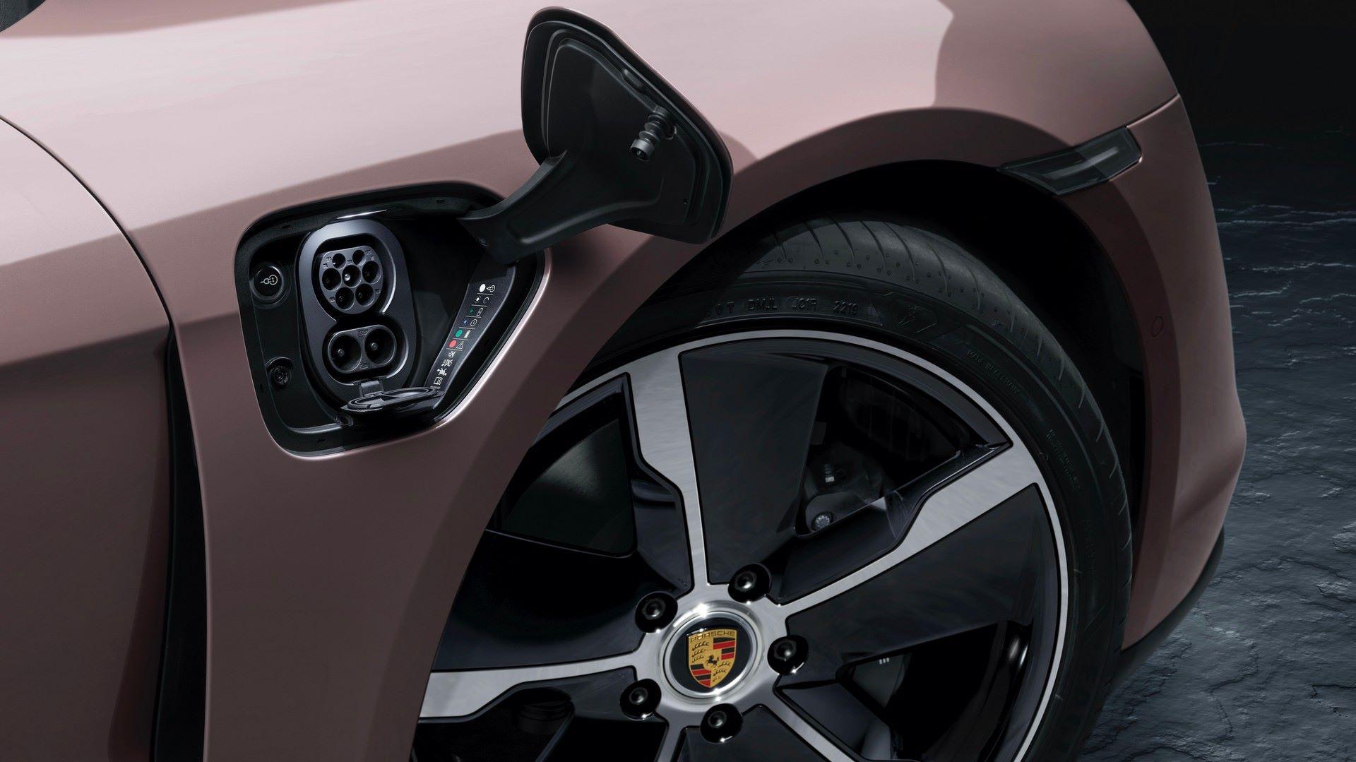 Porsche-Taycan-RWD-2021-10