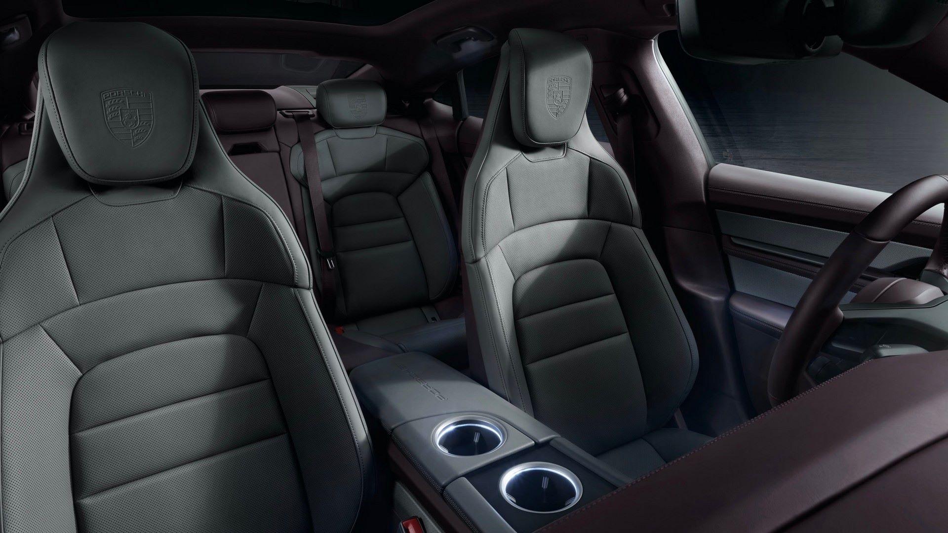 Porsche-Taycan-RWD-2021-8