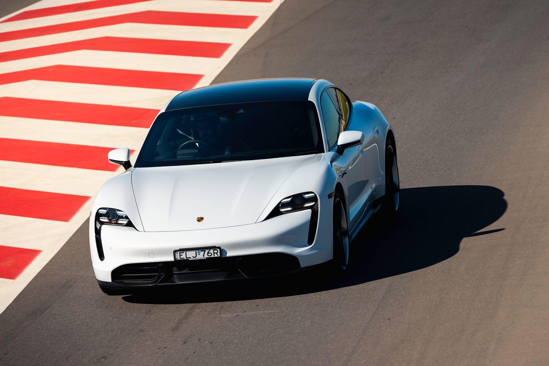 Porsche-Taycan-Turbo-S-The-Bend-Motorsport-Park-1