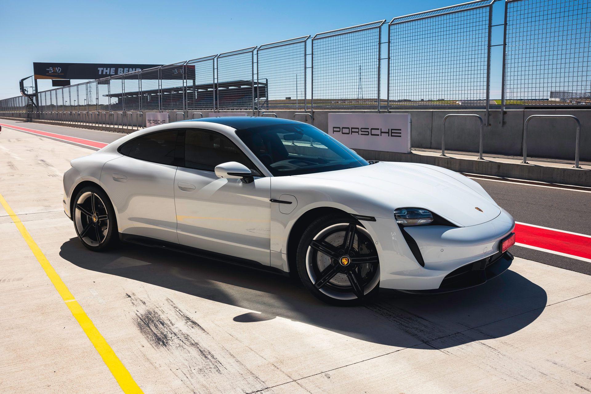 Porsche-Taycan-Turbo-S-The-Bend-Motorsport-Park-16