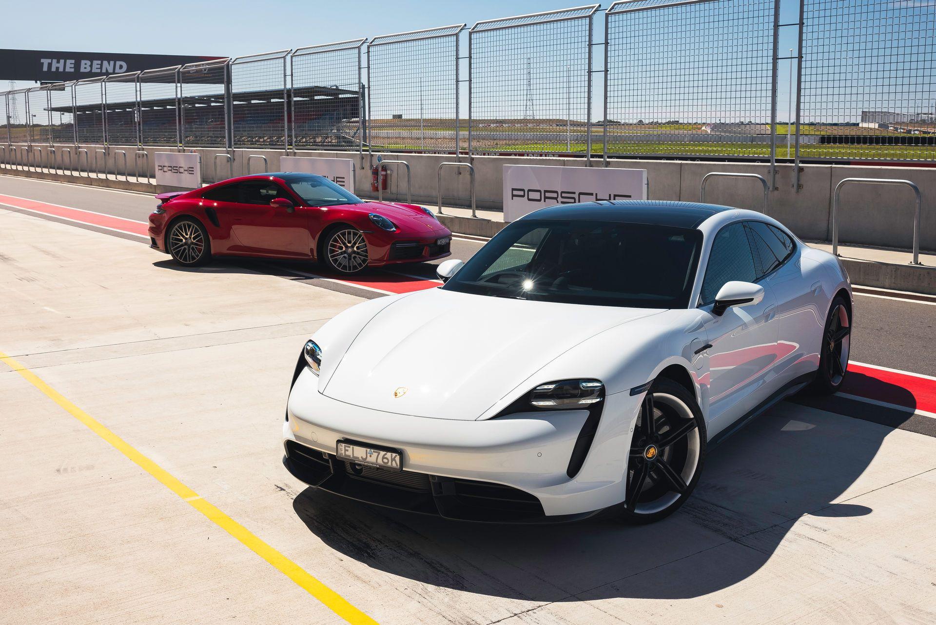 Porsche-Taycan-Turbo-S-The-Bend-Motorsport-Park-19
