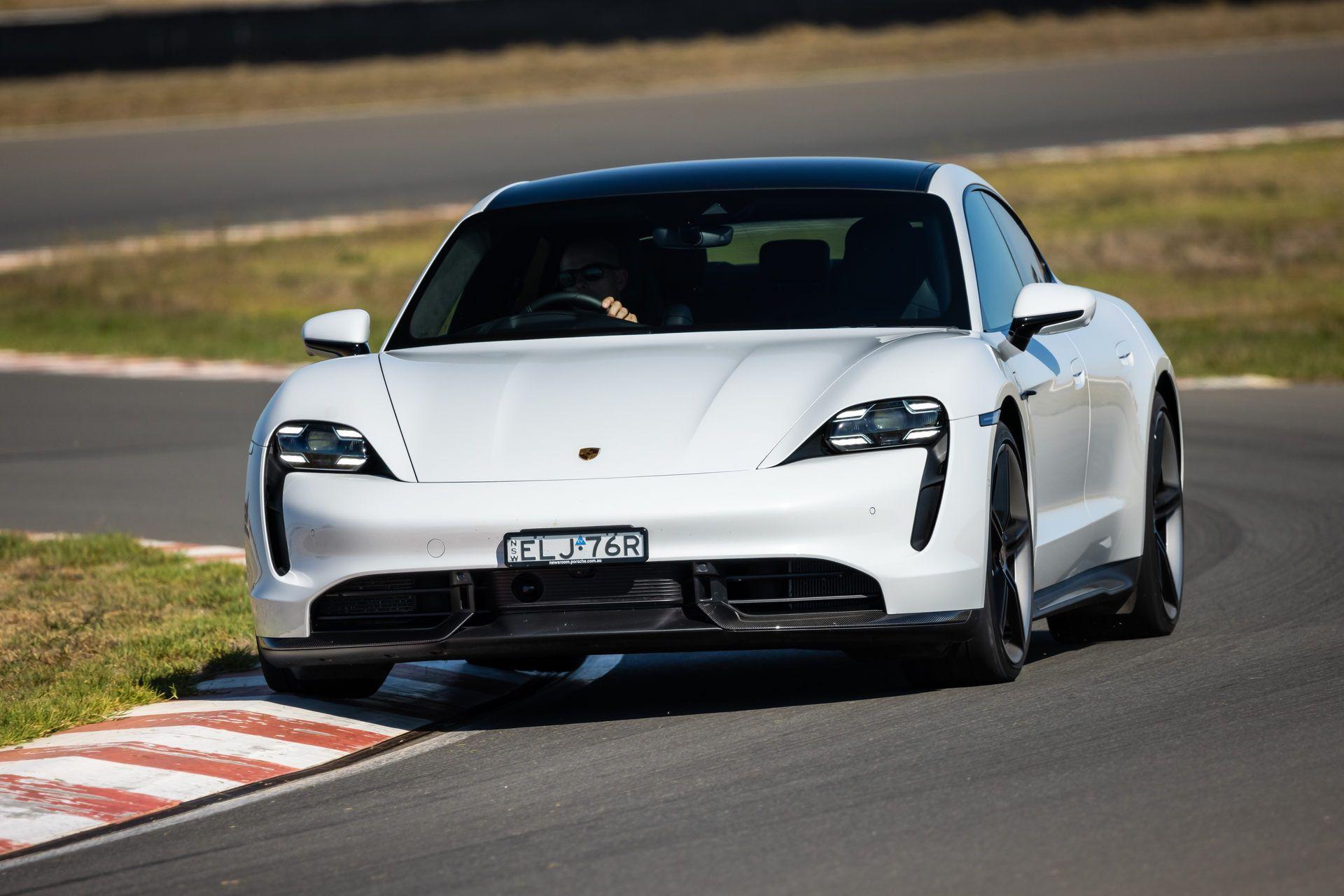 Porsche-Taycan-Turbo-S-The-Bend-Motorsport-Park-29