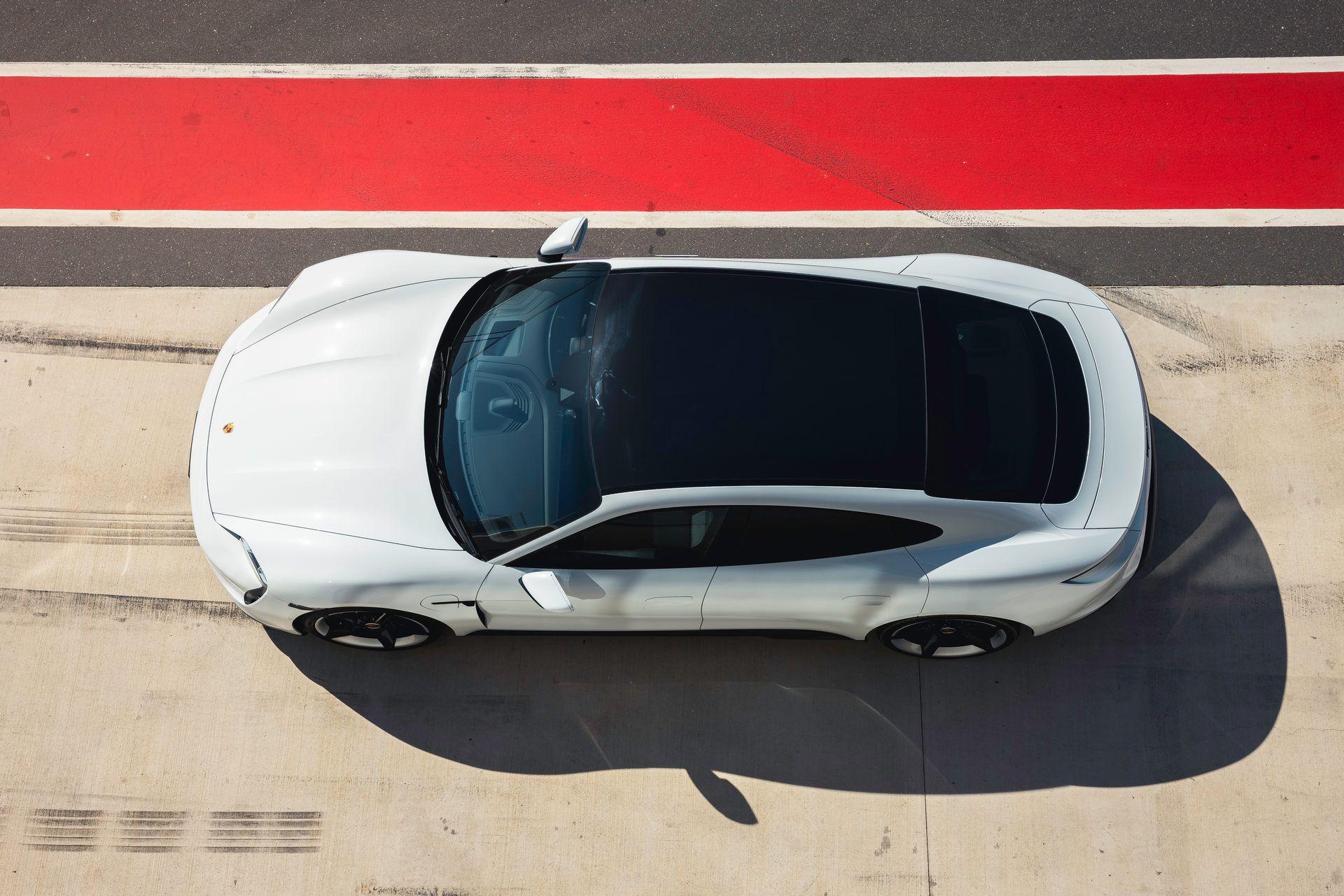 Porsche-Taycan-Turbo-S-The-Bend-Motorsport-Park-38