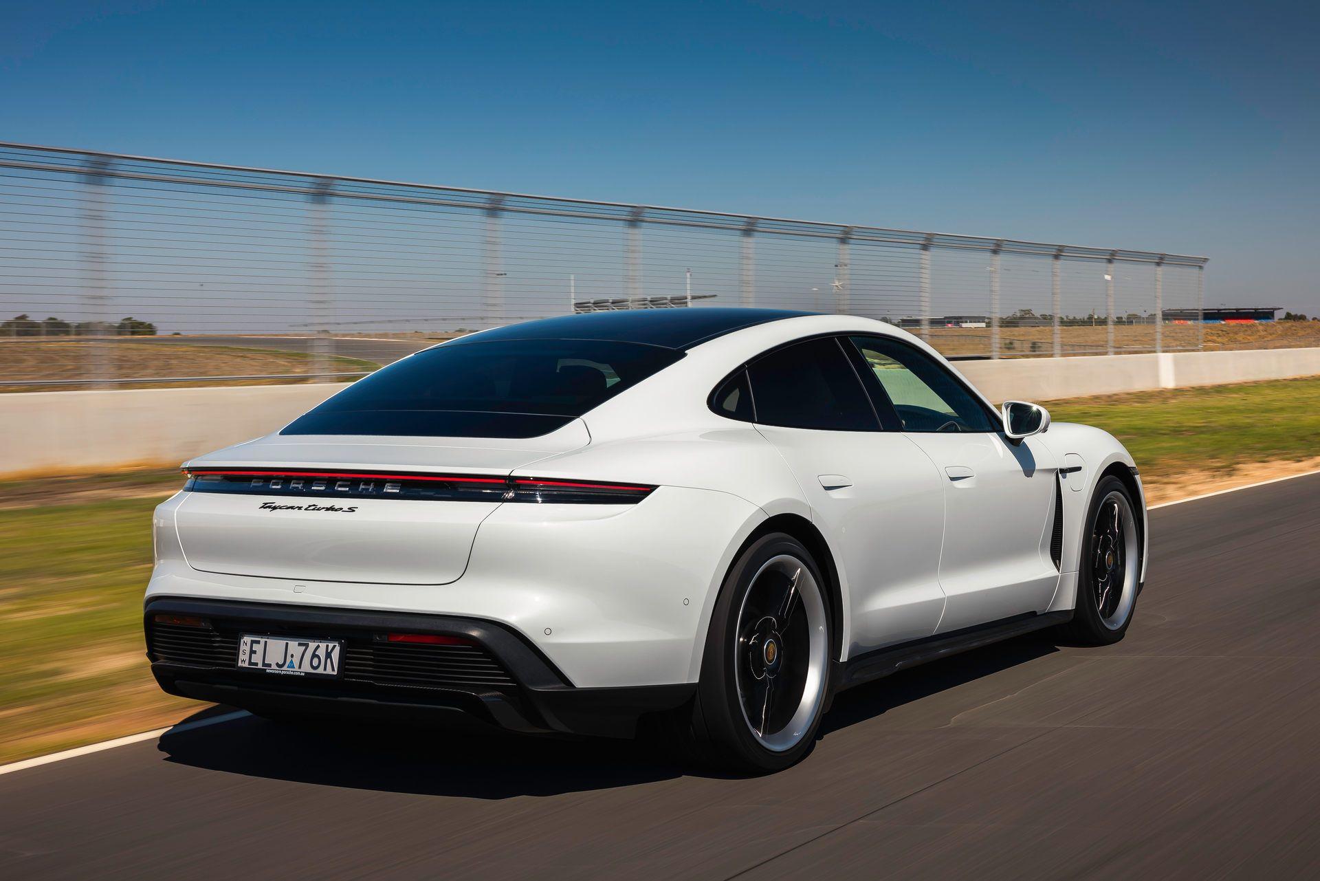 Porsche-Taycan-Turbo-S-The-Bend-Motorsport-Park-47