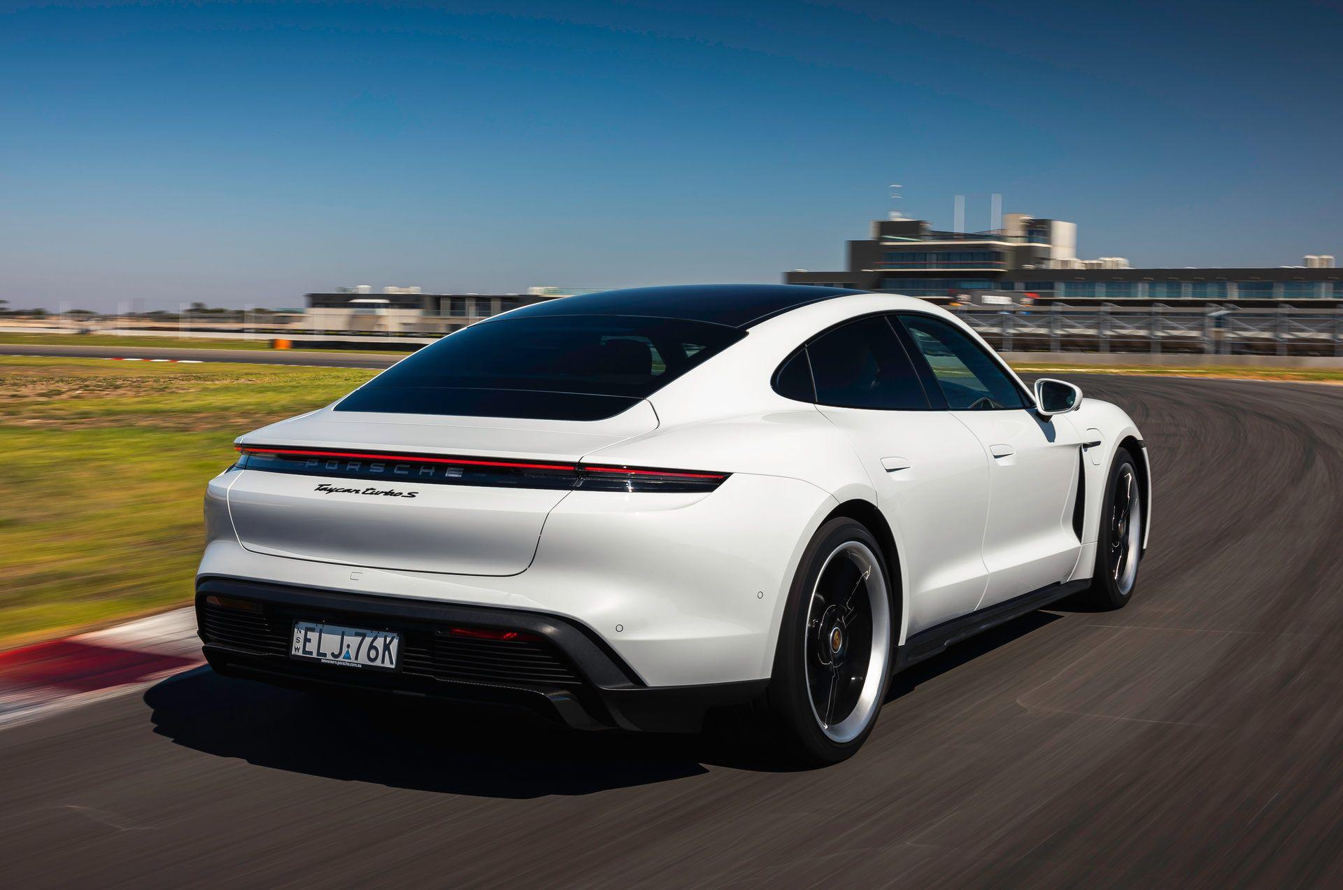 Porsche-Taycan-Turbo-S-The-Bend-Motorsport-Park-48