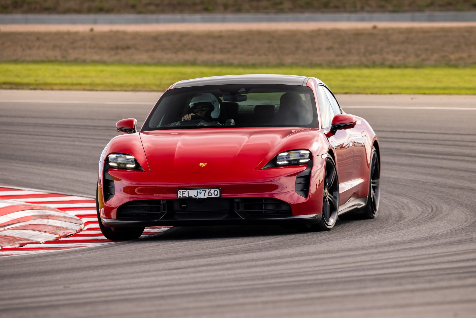 Porsche-Taycan-Turbo-S-The-Bend-Motorsport-Park-6