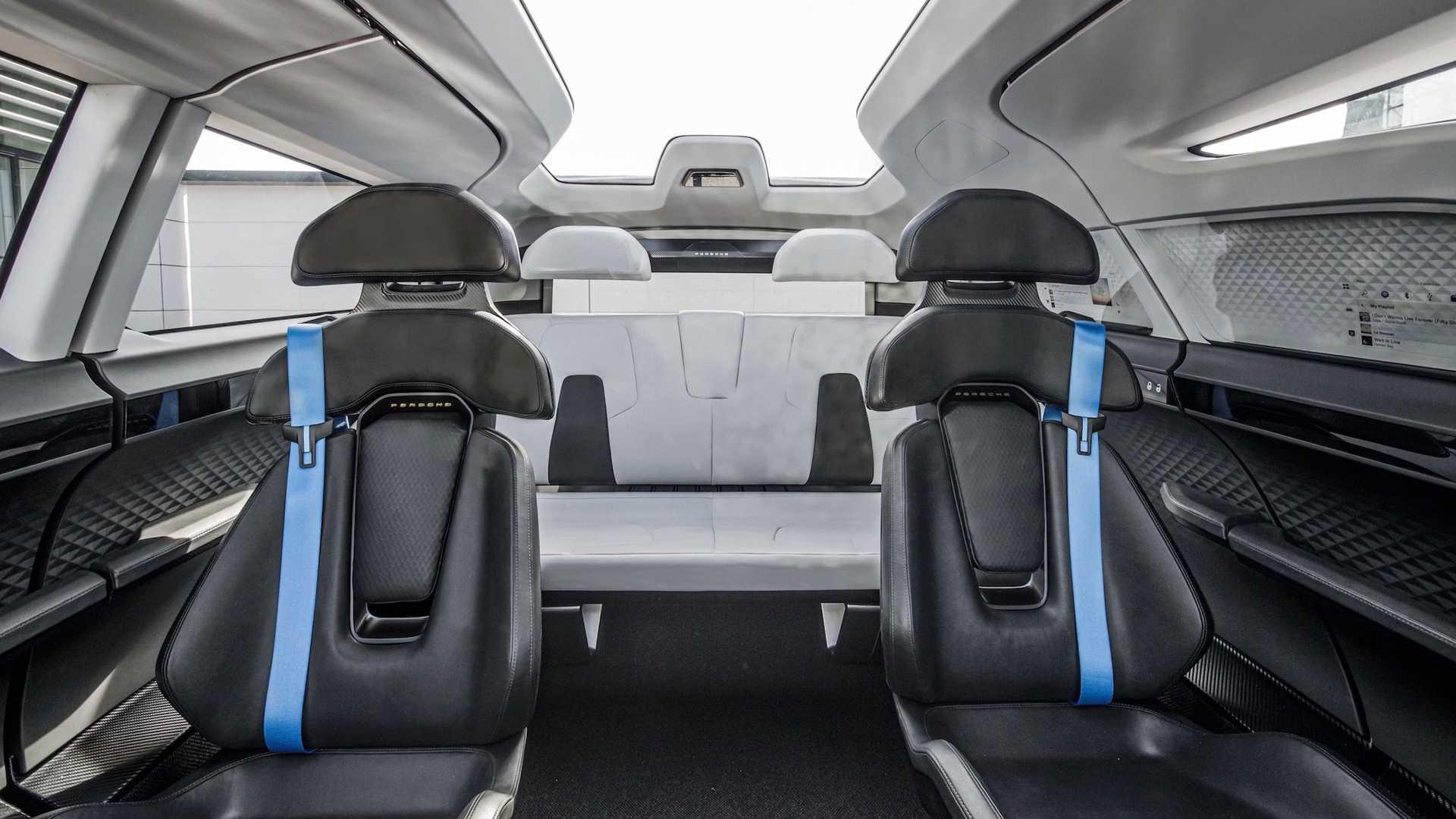 Porsche-Vision-Renndienst-concept-interior-2