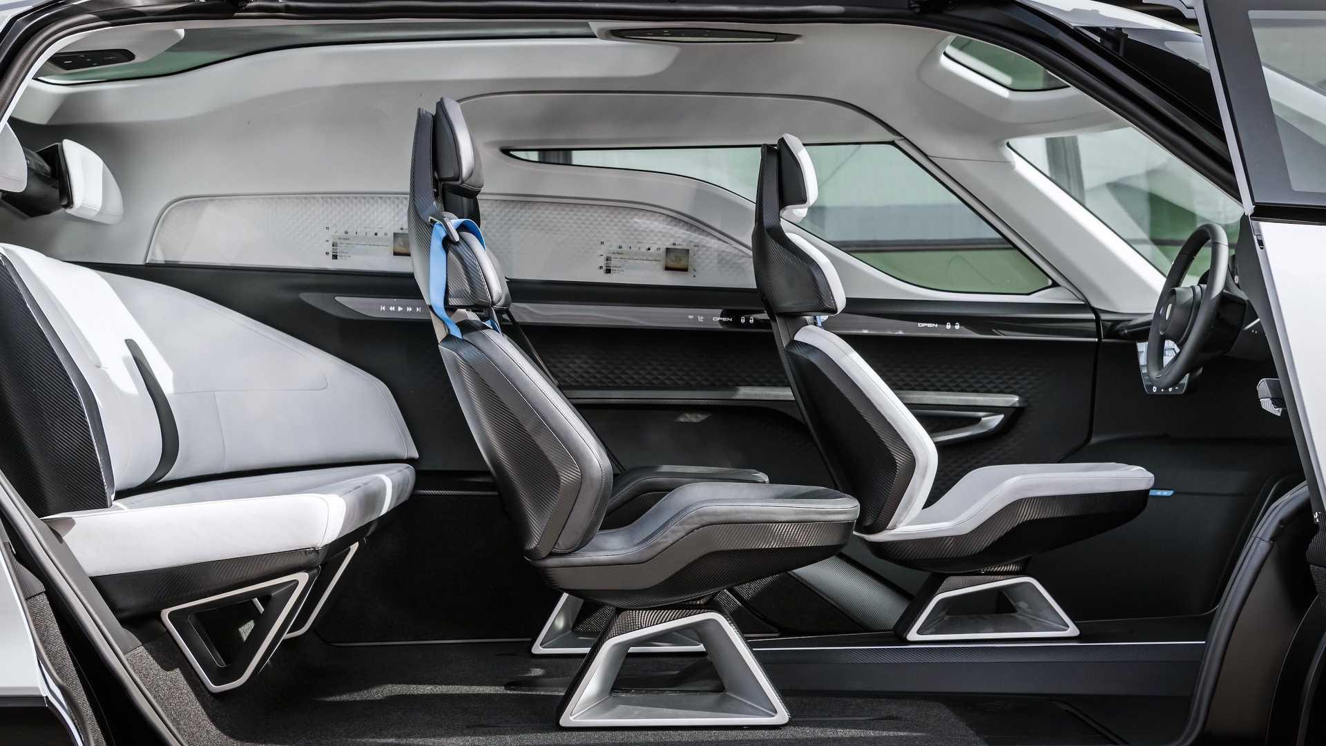 Porsche-Vision-Renndienst-concept-interior-3