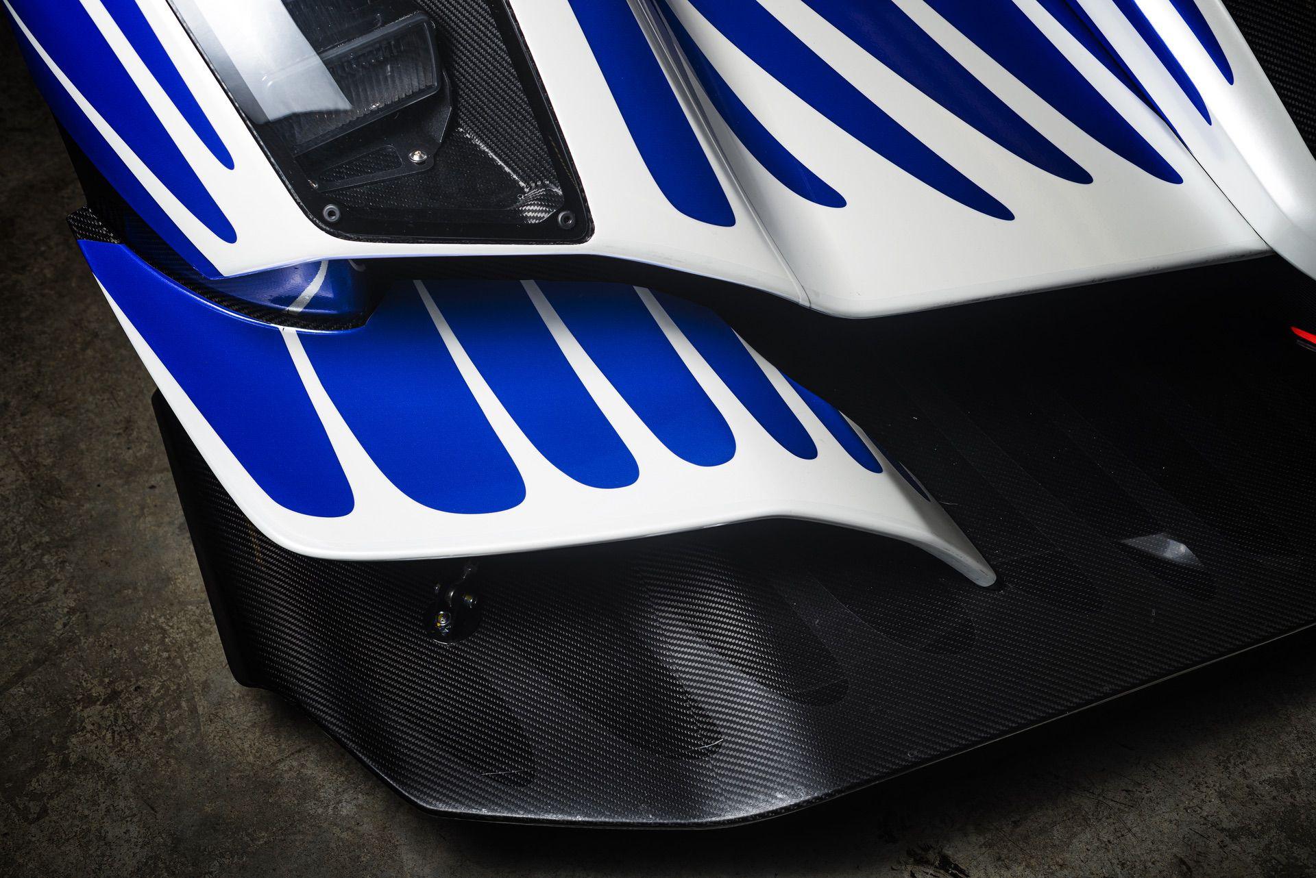 Praga_R1_Frank_Stephenson_racing_livery-0000