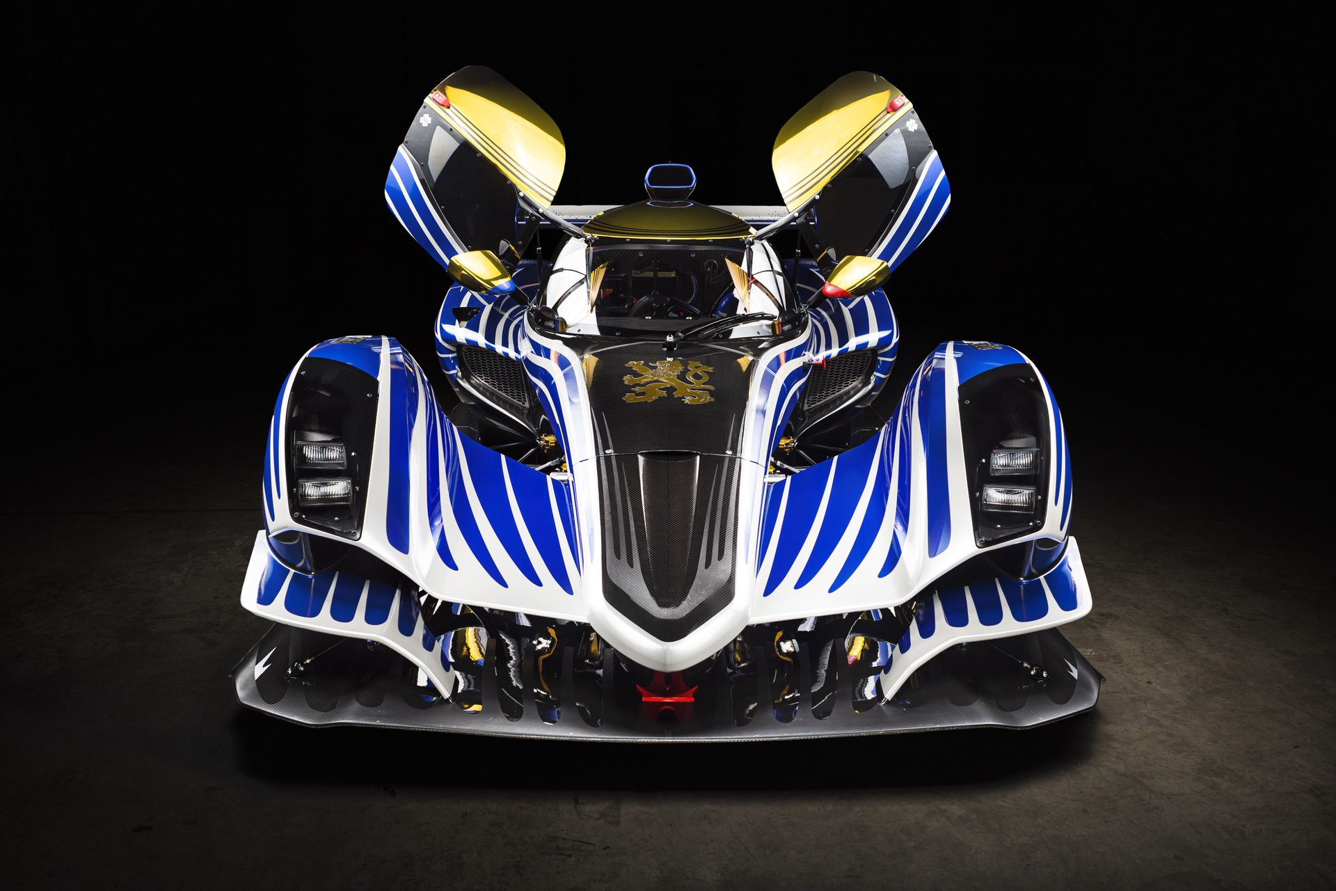 Praga_R1_Frank_Stephenson_racing_livery-0017