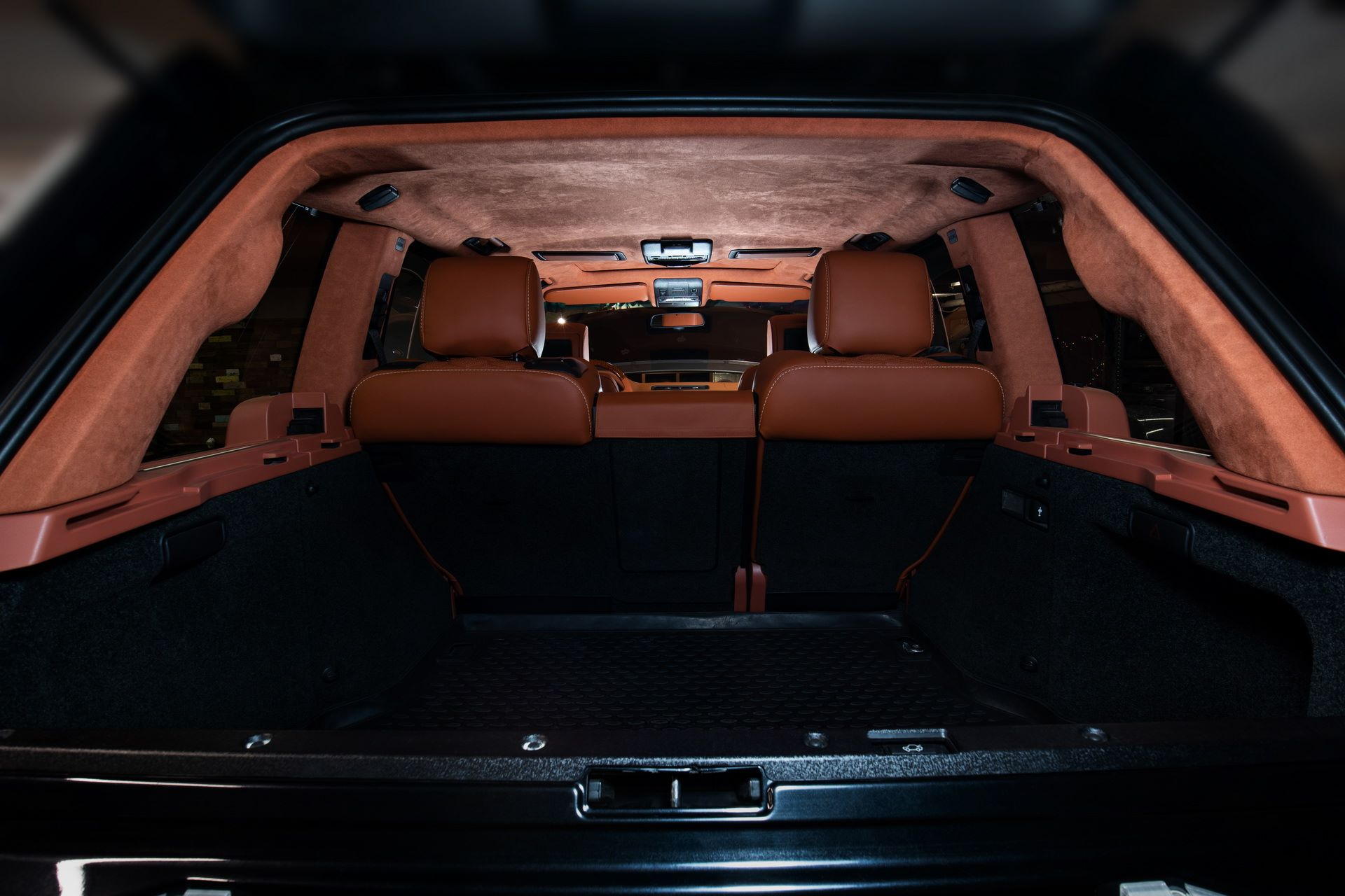 Range-Rover-Autobiography-By-Vilner-8