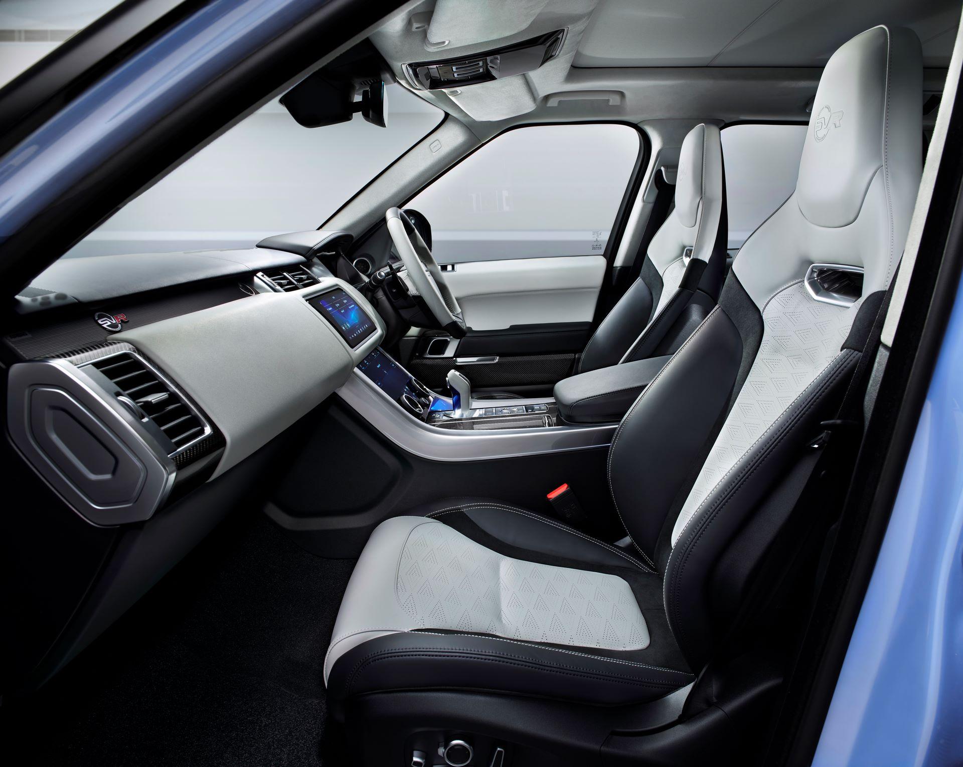 Range-Rover-Sport-SVR-Ultimate-Edition-7