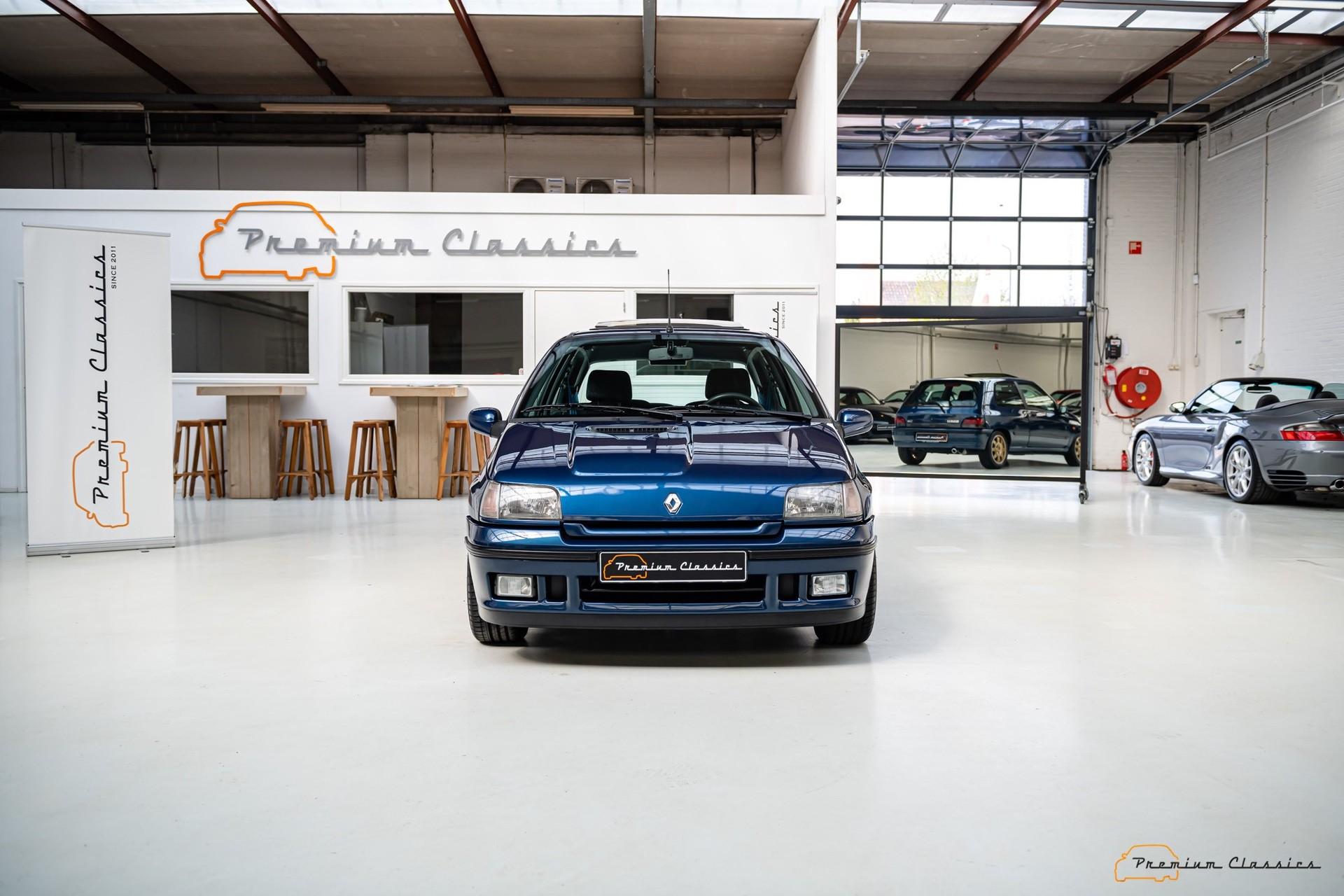 Renault_Clio_Williams_sale-0001