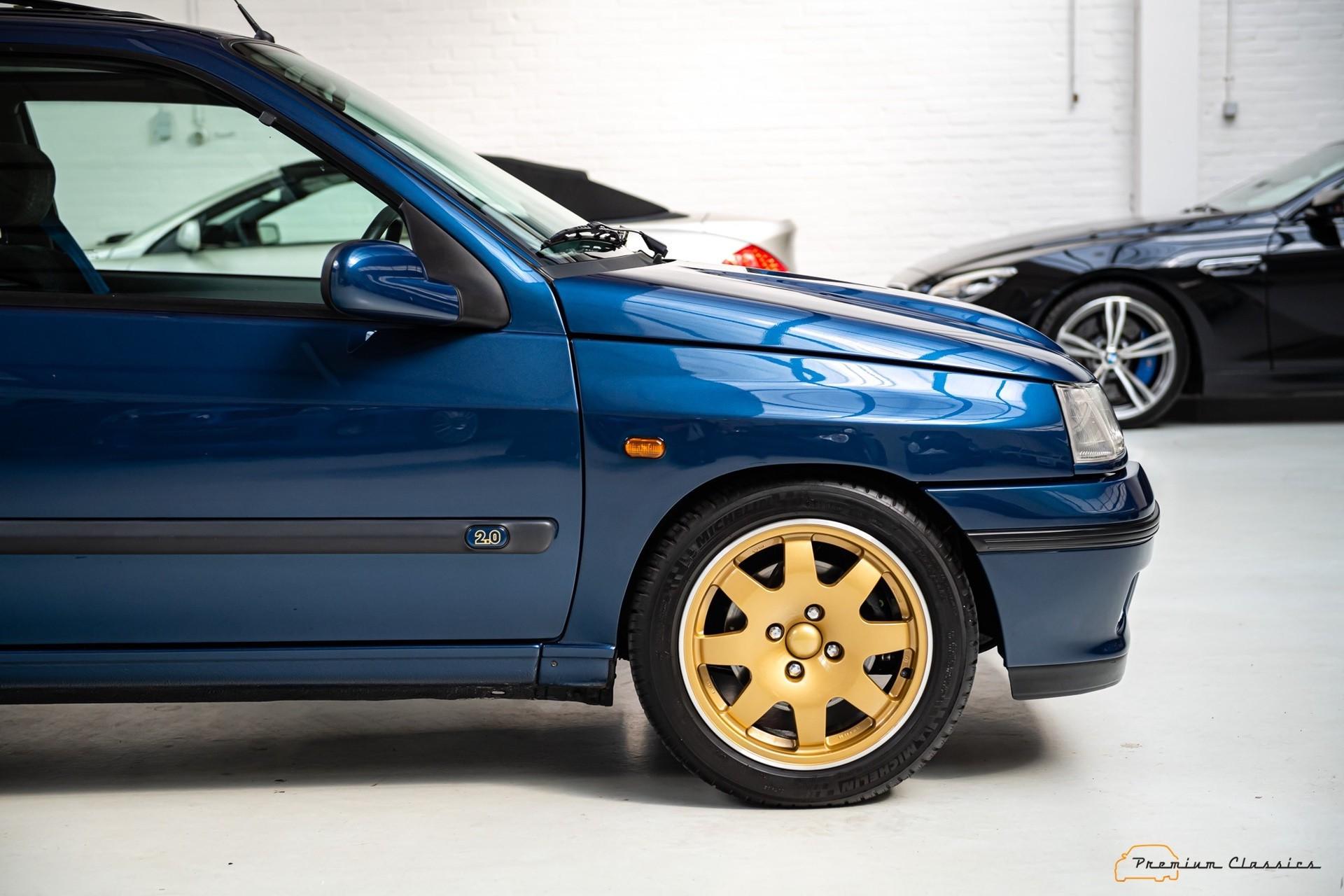 Renault_Clio_Williams_sale-0004
