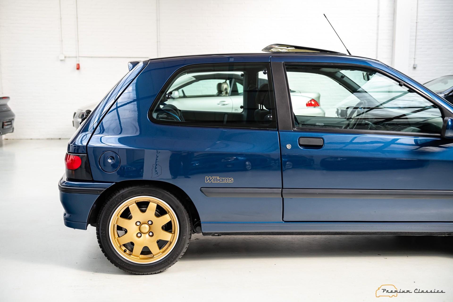 Renault_Clio_Williams_sale-0006