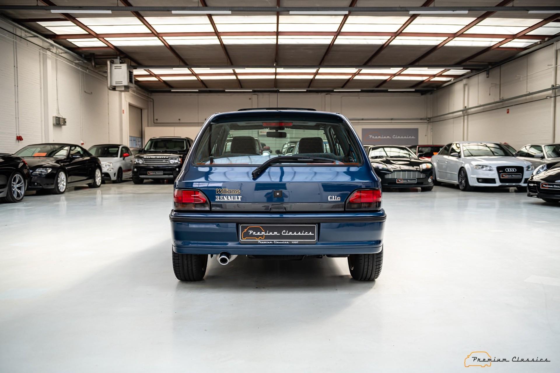 Renault_Clio_Williams_sale-0008