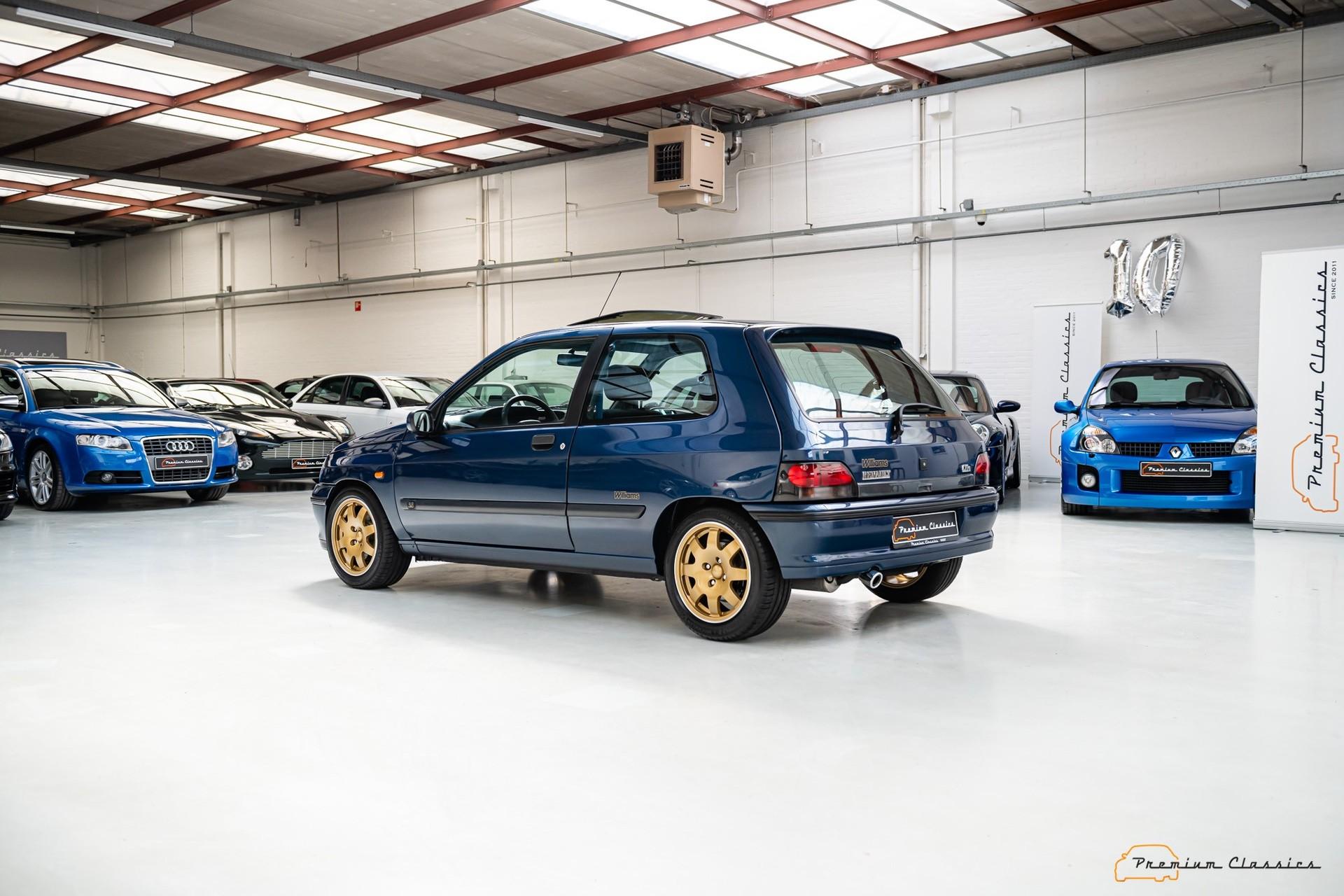 Renault_Clio_Williams_sale-0009