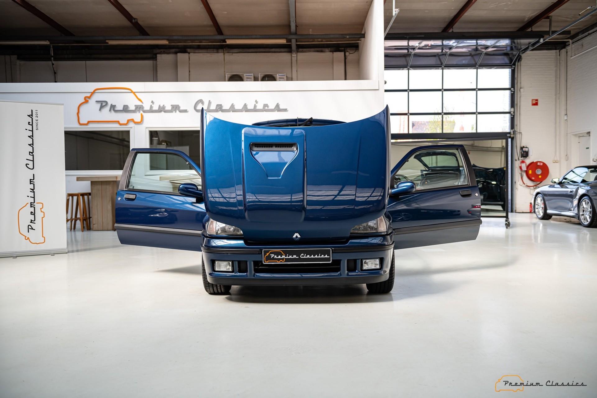 Renault_Clio_Williams_sale-0012