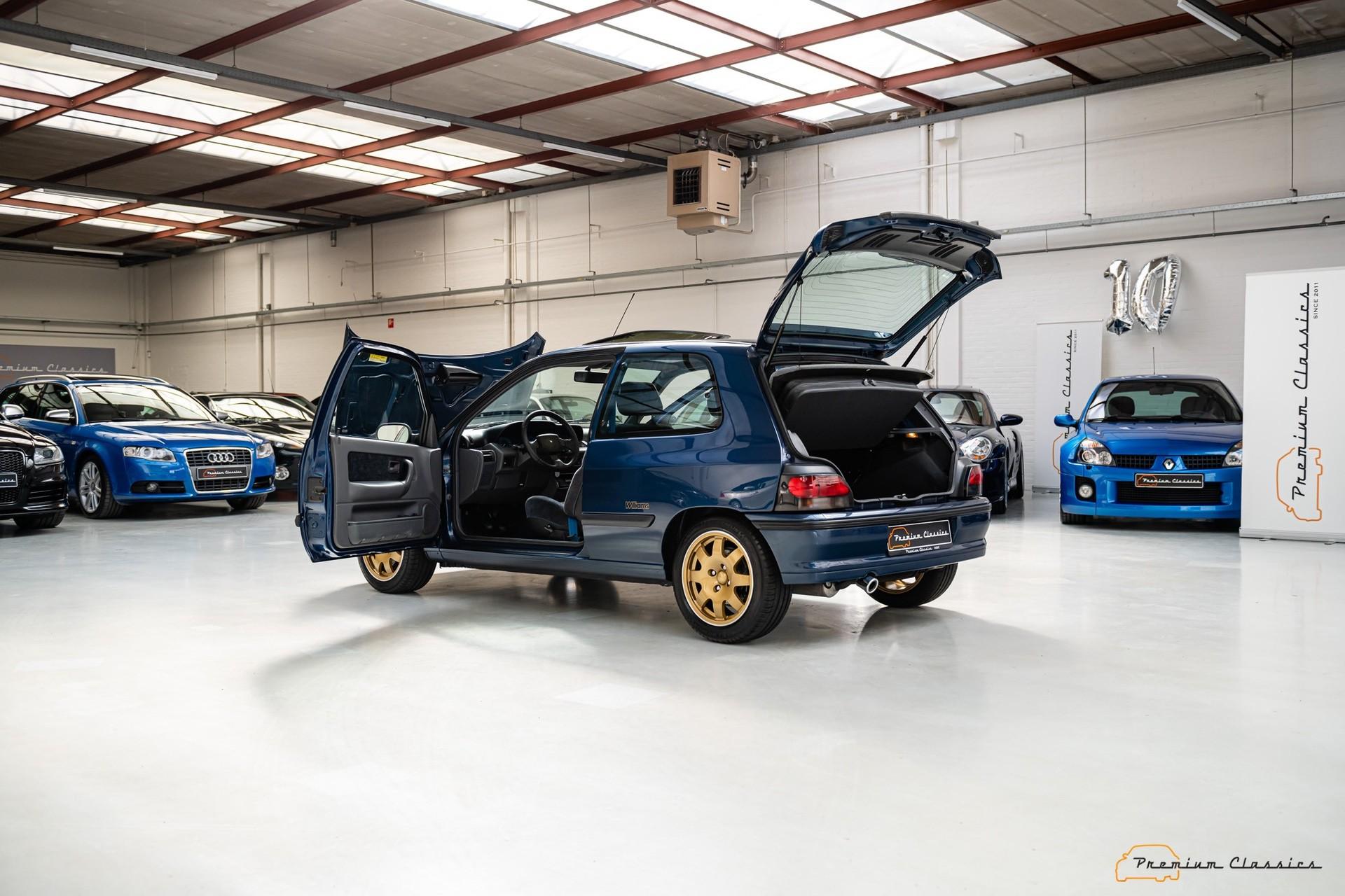 Renault_Clio_Williams_sale-0016