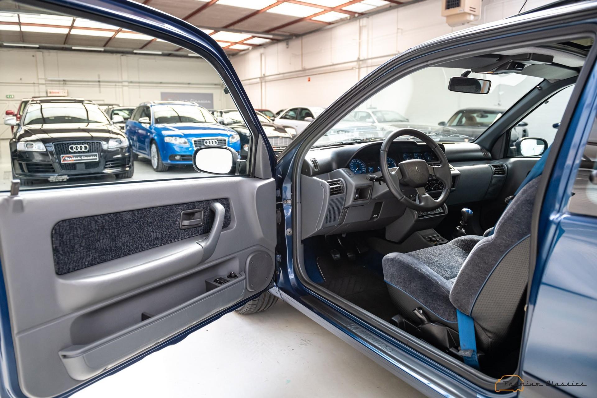 Renault_Clio_Williams_sale-0038