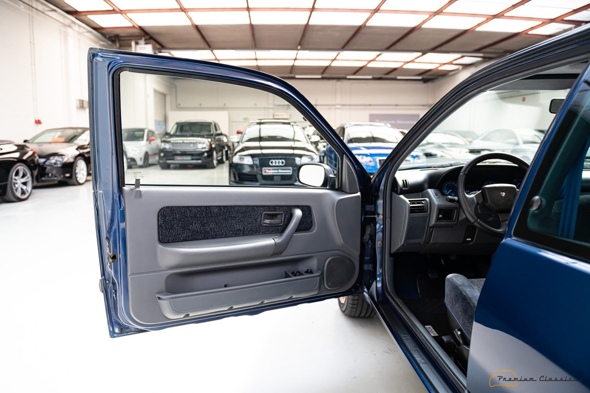 Renault_Clio_Williams_sale-0039