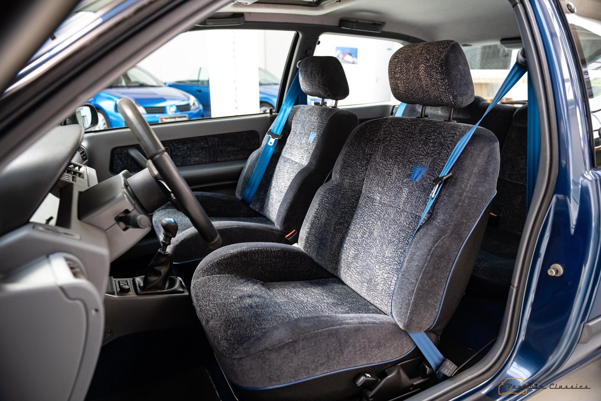 Renault_Clio_Williams_sale-0045