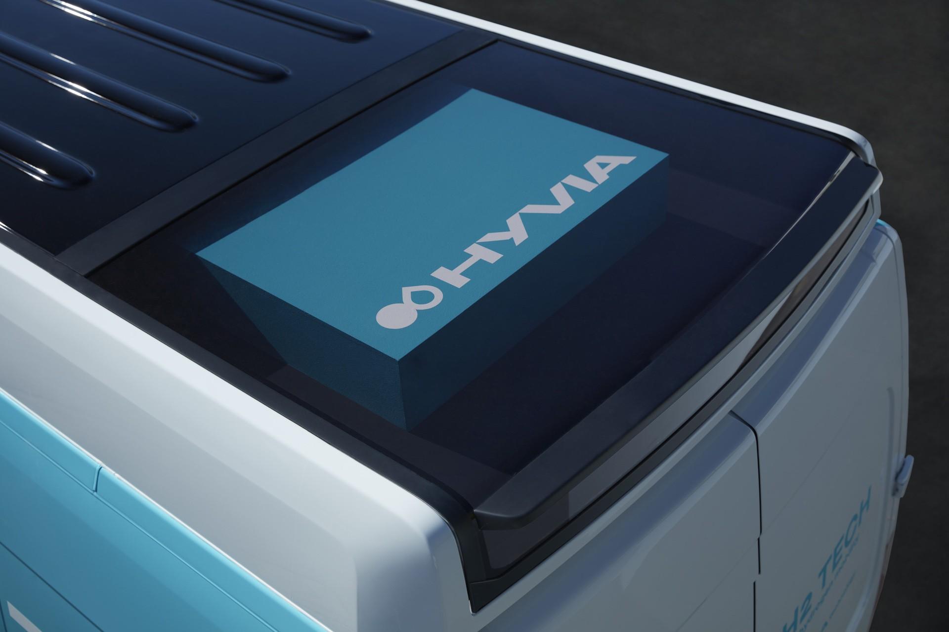 12-2021-Renault-Master-Van-H2-TECH-Prototype