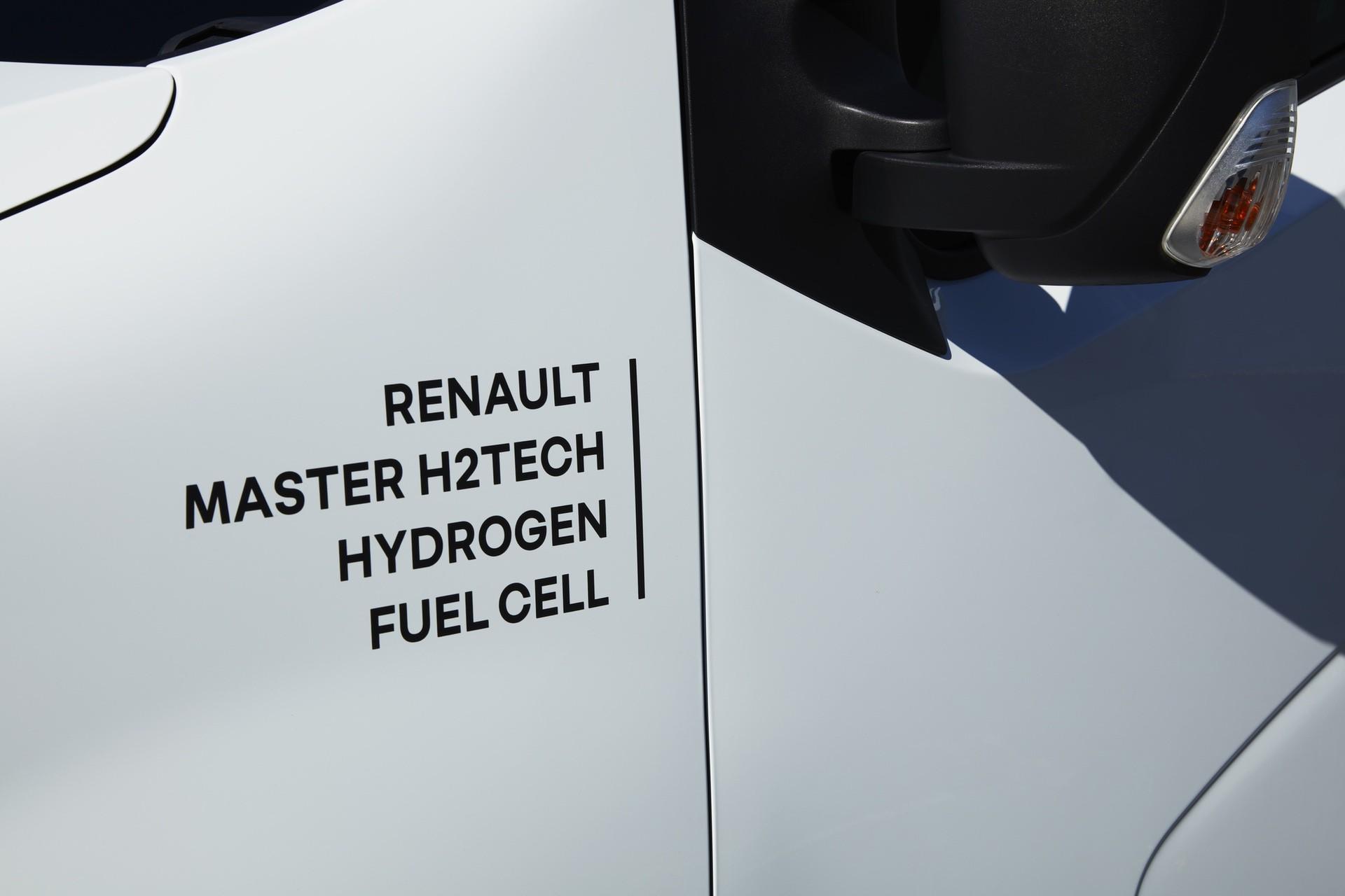 18-2021-Renault-Master-Van-H2-TECH-Prototype
