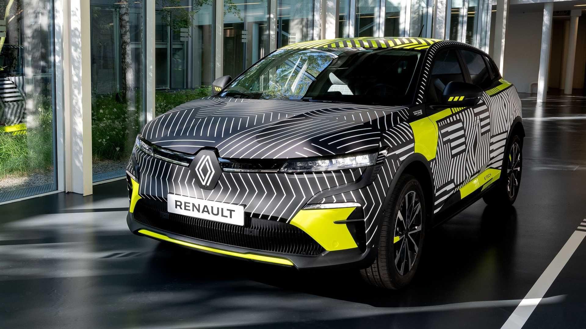 Renault-Megane-E-Tech-Electric-1