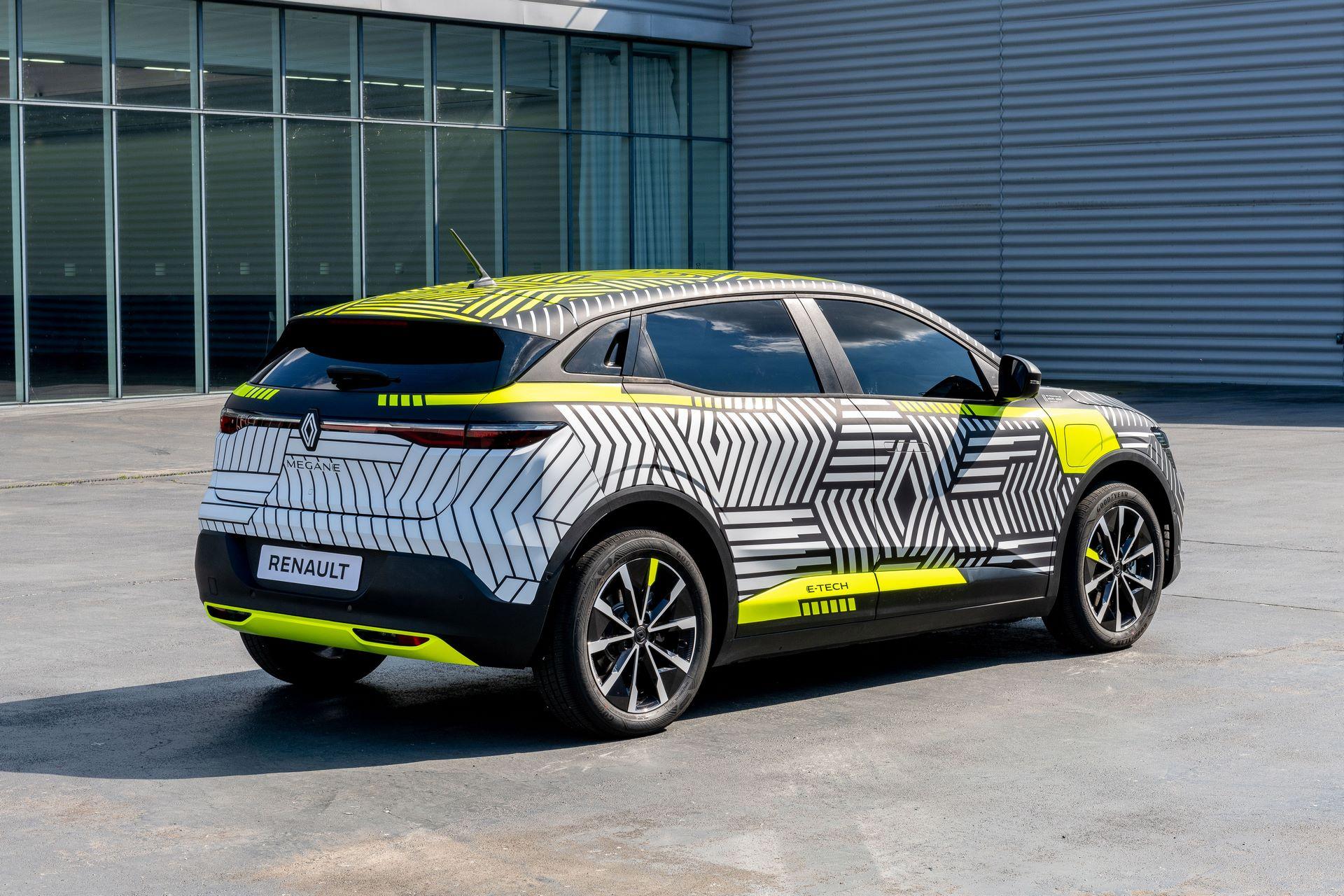 Renault-Megane-E-Tech-Electric-7