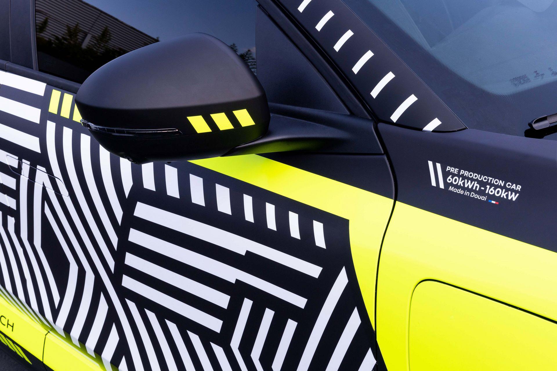 Renault-Megane-E-Tech-Electric-8