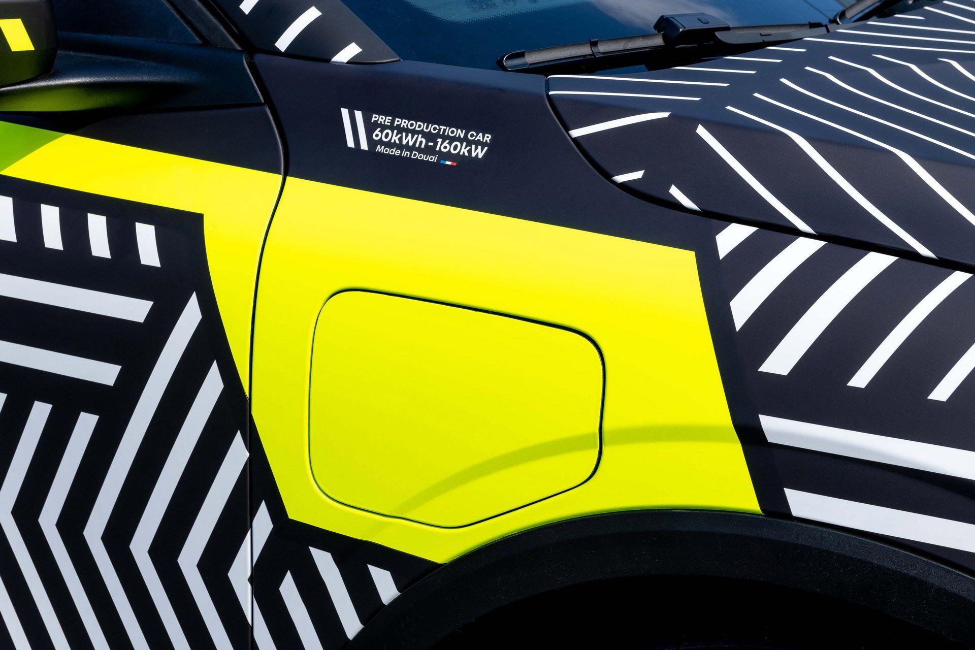 Renault-Megane-E-Tech-Electric-9