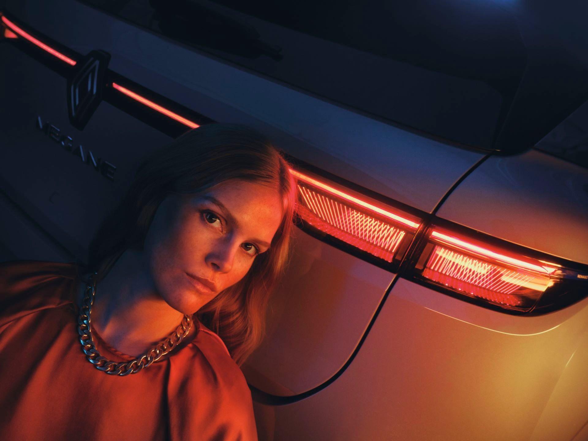 Renault-Megane-E-Tech-Electric-104