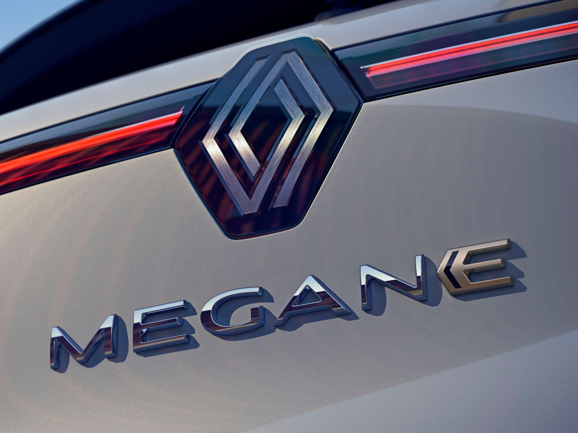 Renault-Megane-E-Tech-Electric-105