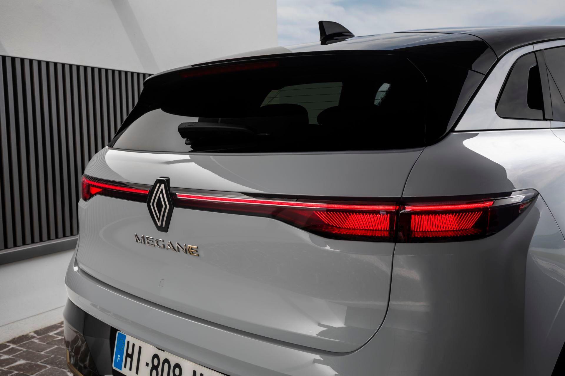 Renault-Megane-E-Tech-Electric-138