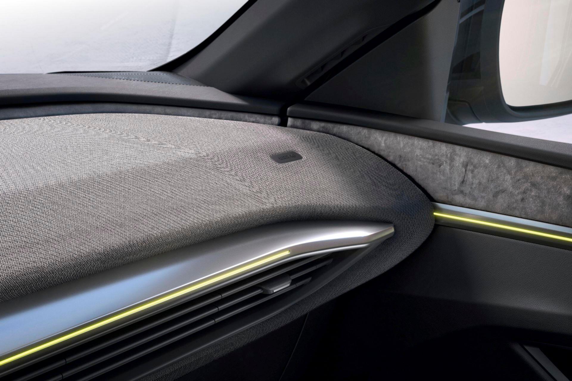 Renault-Megane-E-Tech-Electric-139
