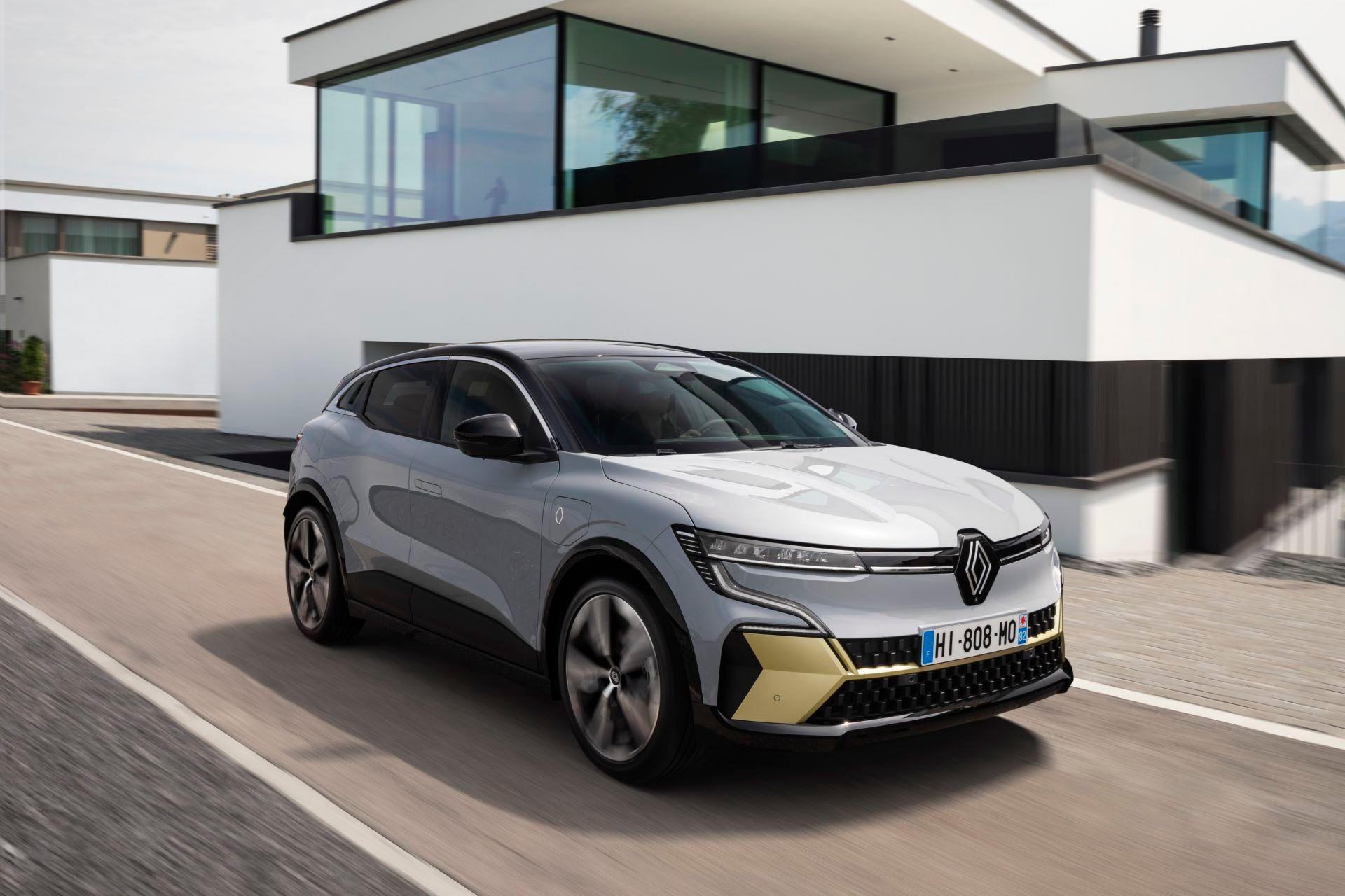 Renault-Megane-E-Tech-Electric-19