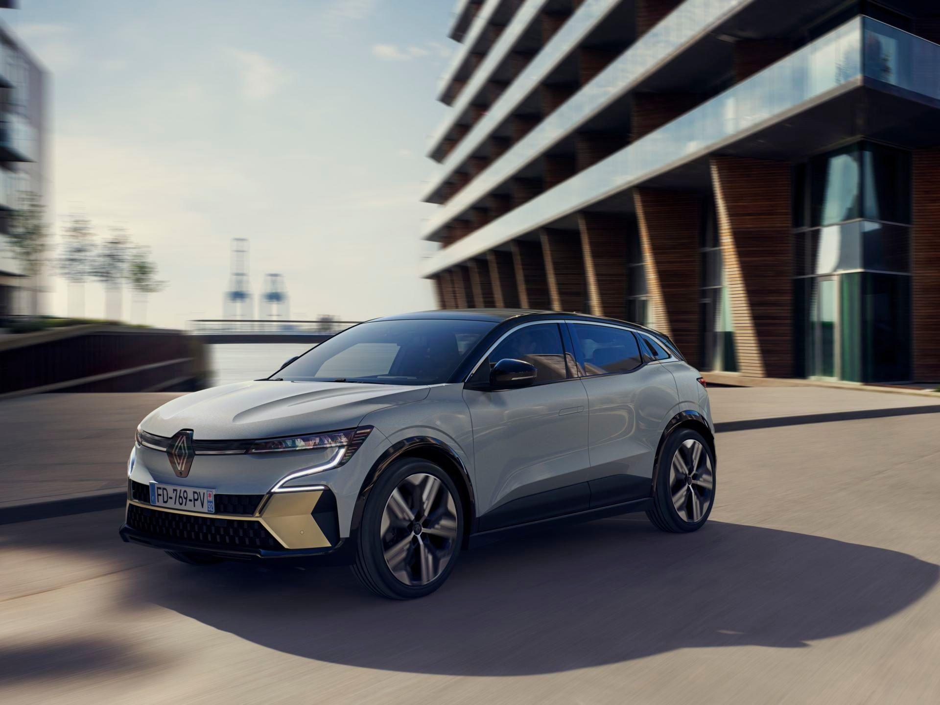 Renault-Megane-E-Tech-Electric-25