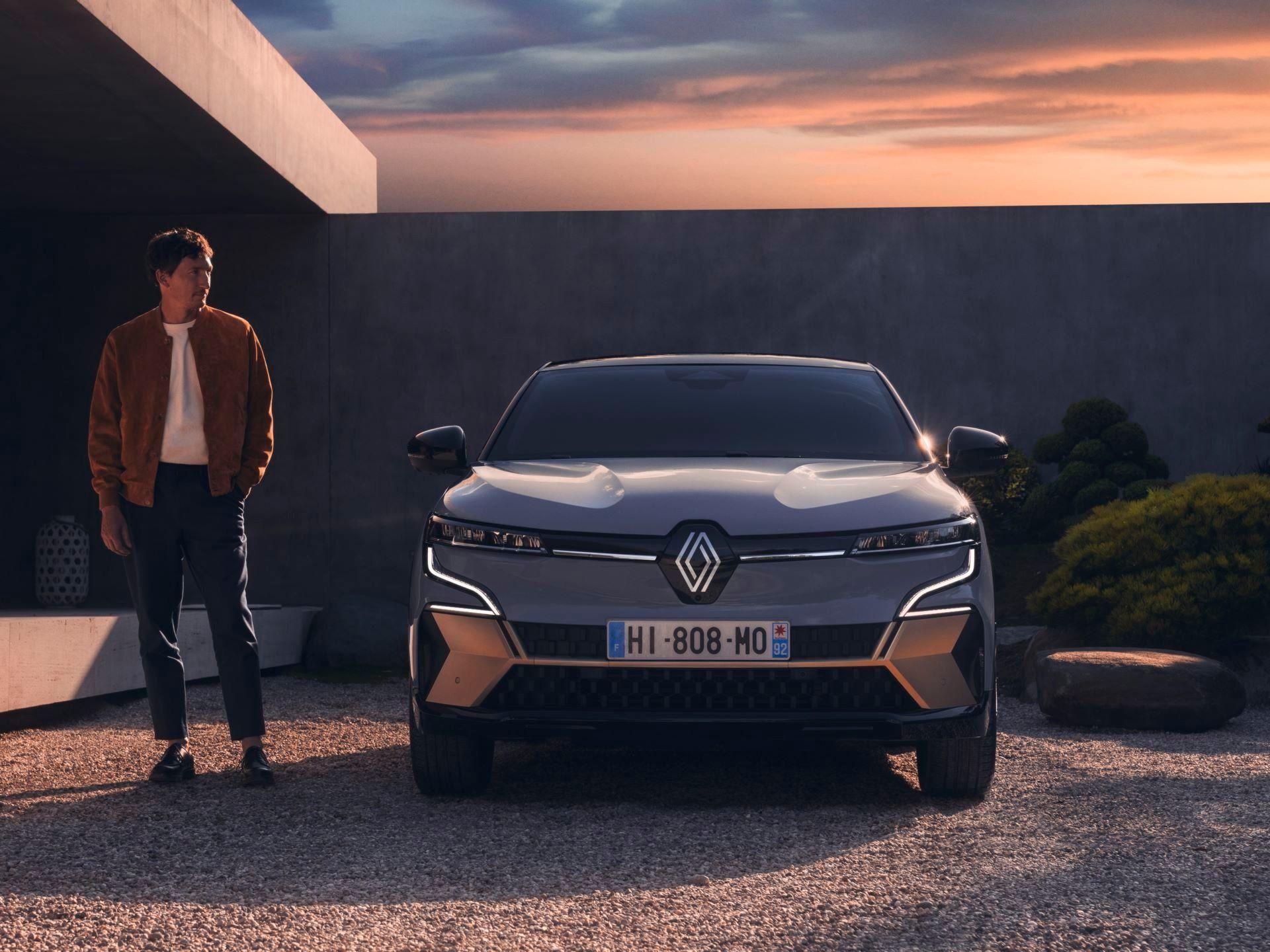 Renault-Megane-E-Tech-Electric-28