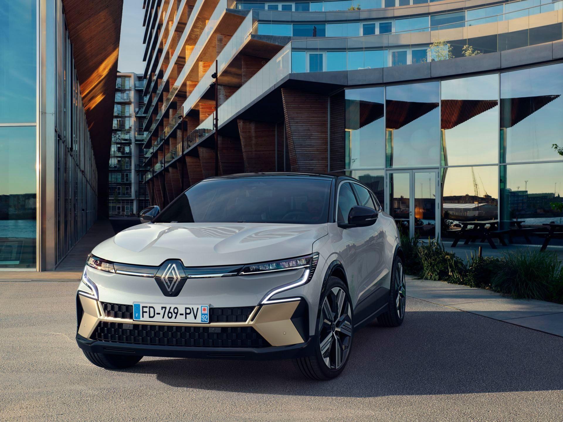 Renault-Megane-E-Tech-Electric-46