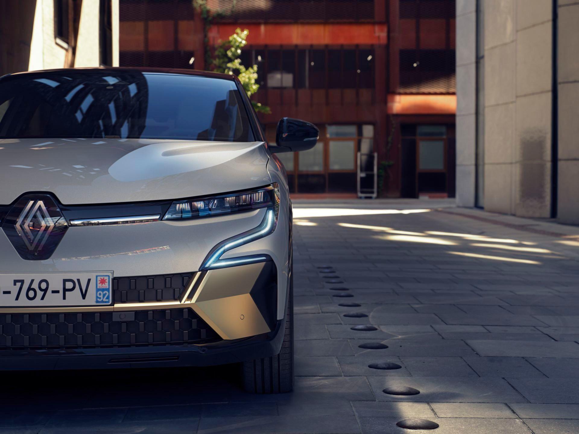 Renault-Megane-E-Tech-Electric-52