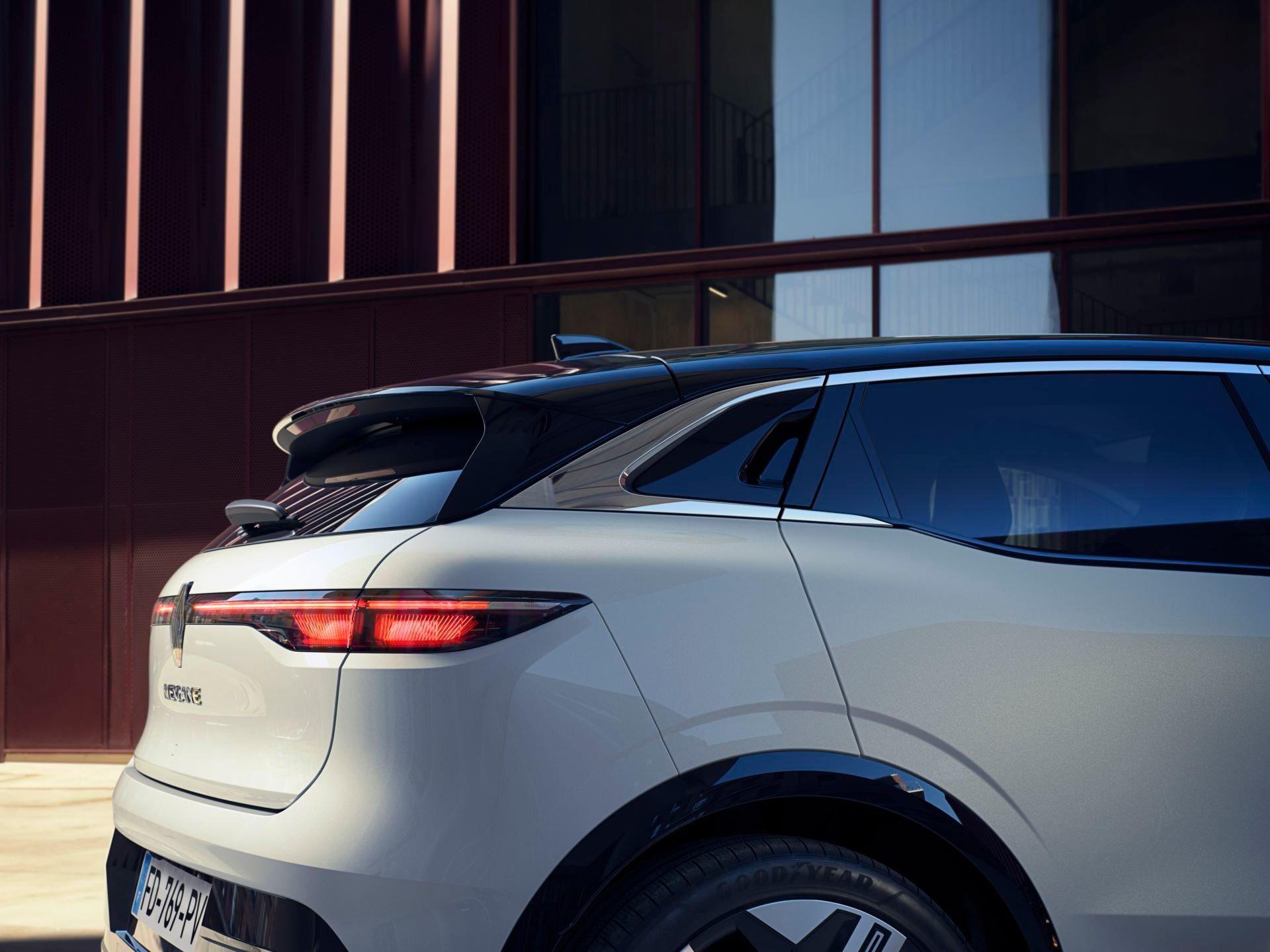 Renault-Megane-E-Tech-Electric-58