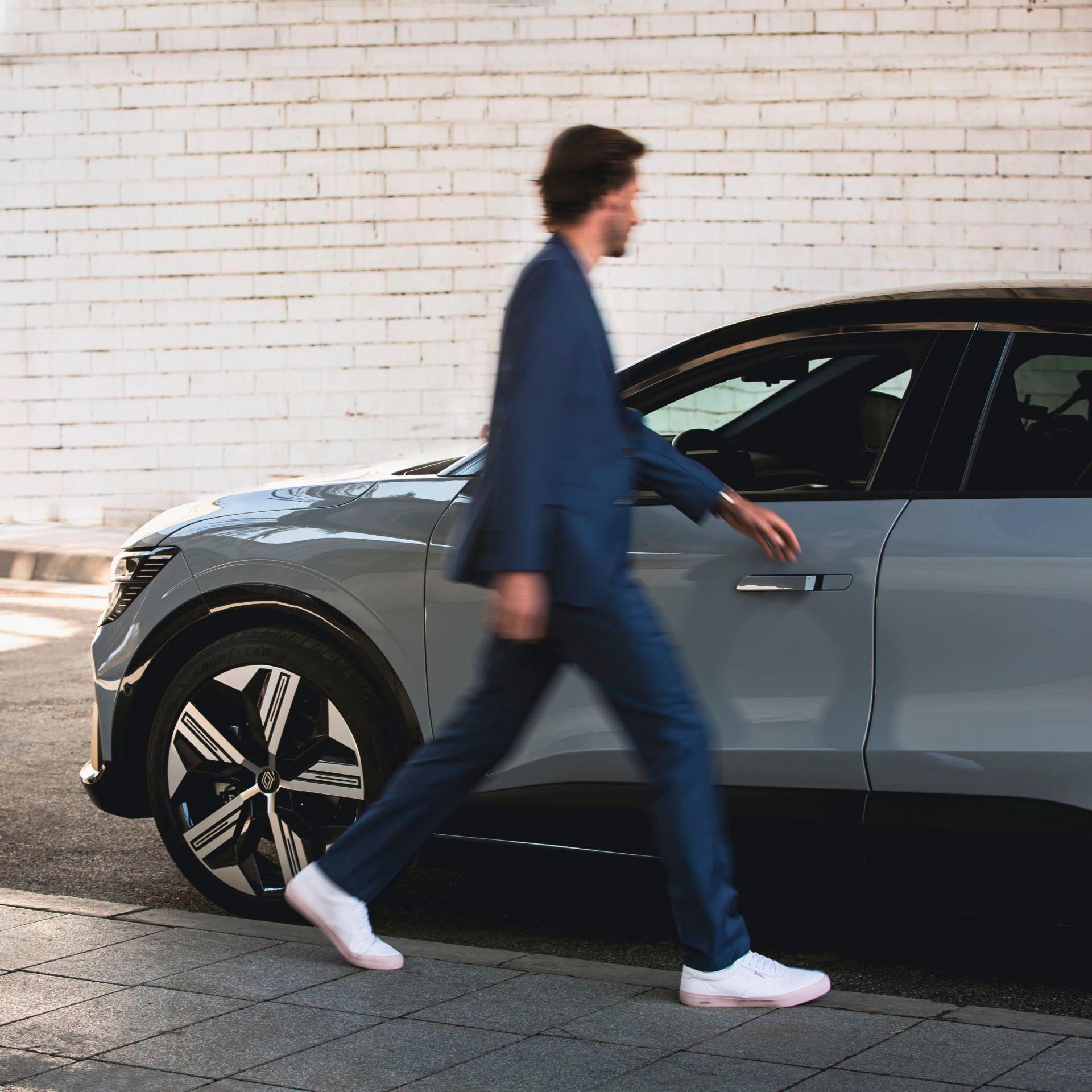 Renault-Megane-E-Tech-Electric-66