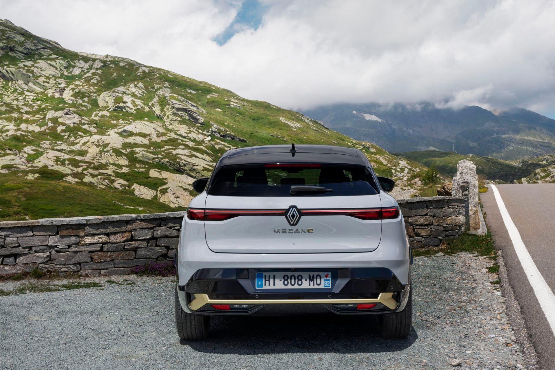 Renault-Megane-E-Tech-Electric-67