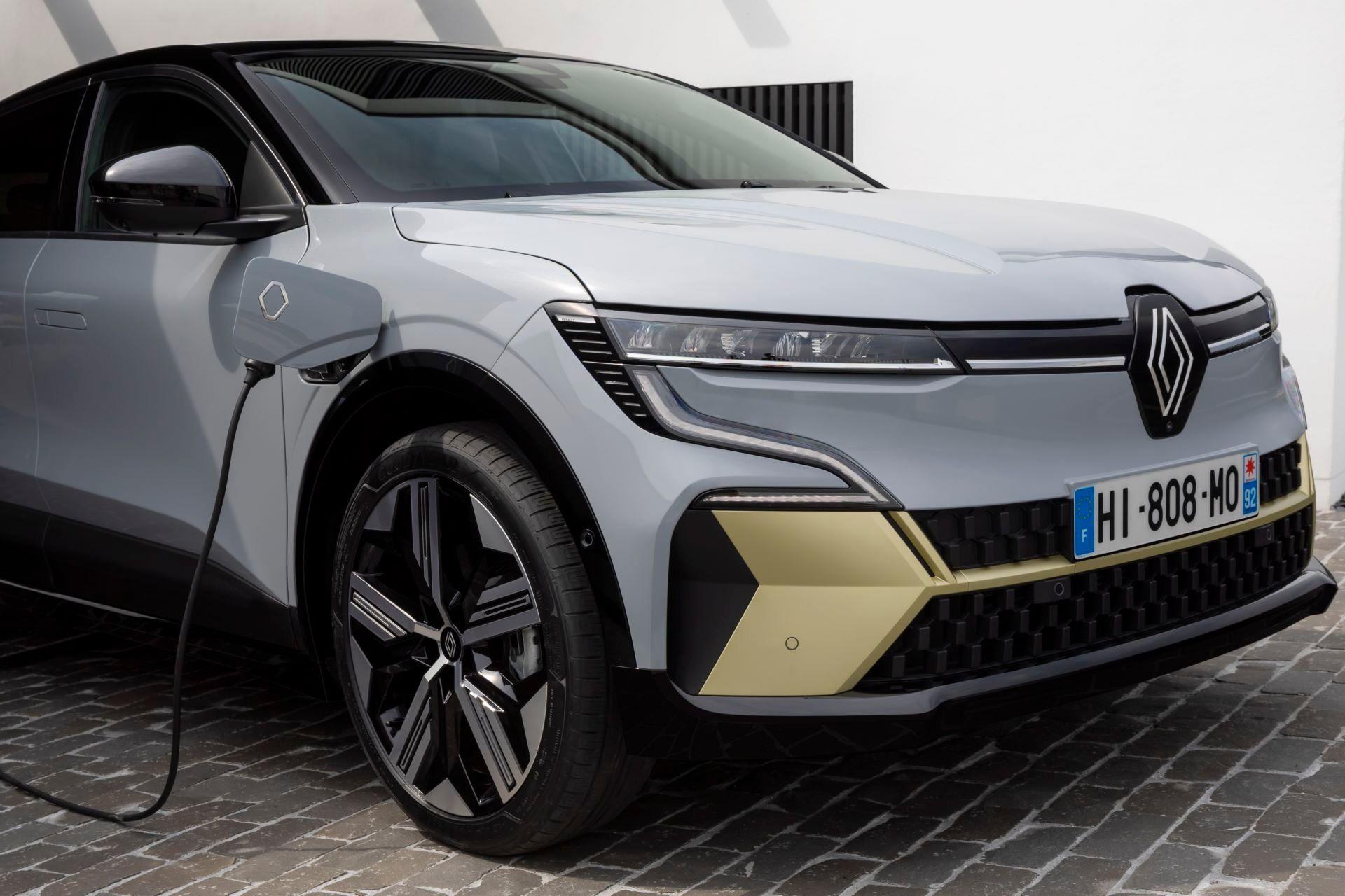 Renault-Megane-E-Tech-Electric-79