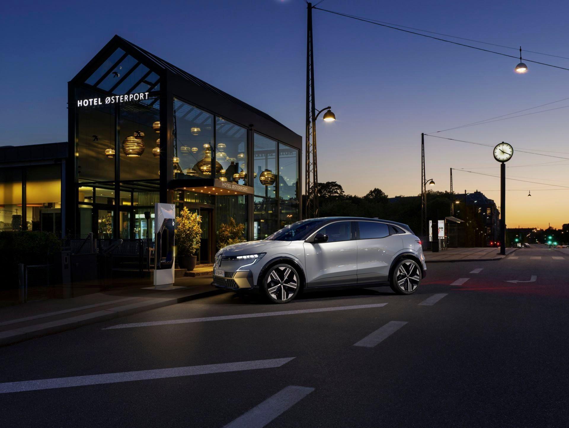 Renault-Megane-E-Tech-Electric-91